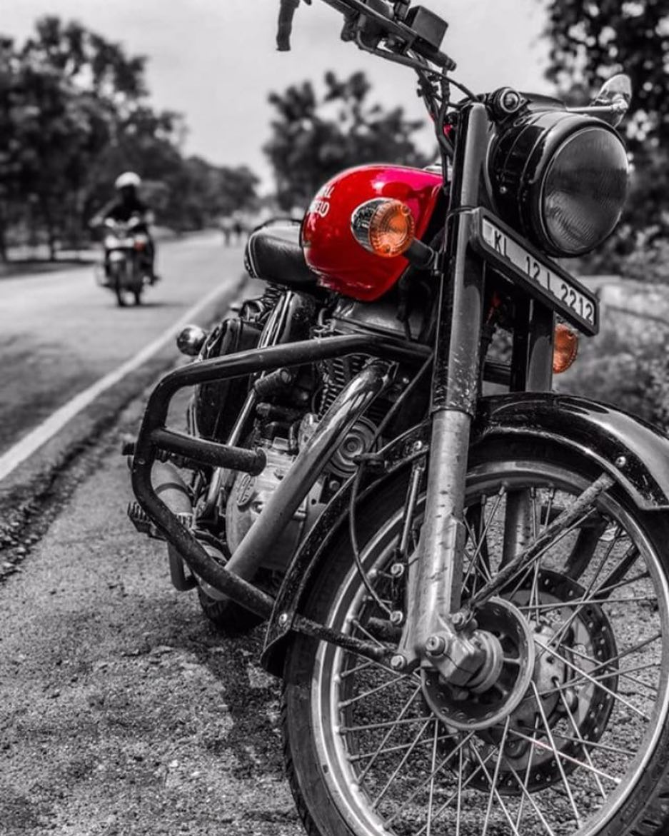 Royal Enfield Wallpapers Top Free Royal Enfield Backgrounds Wallpaperaccess