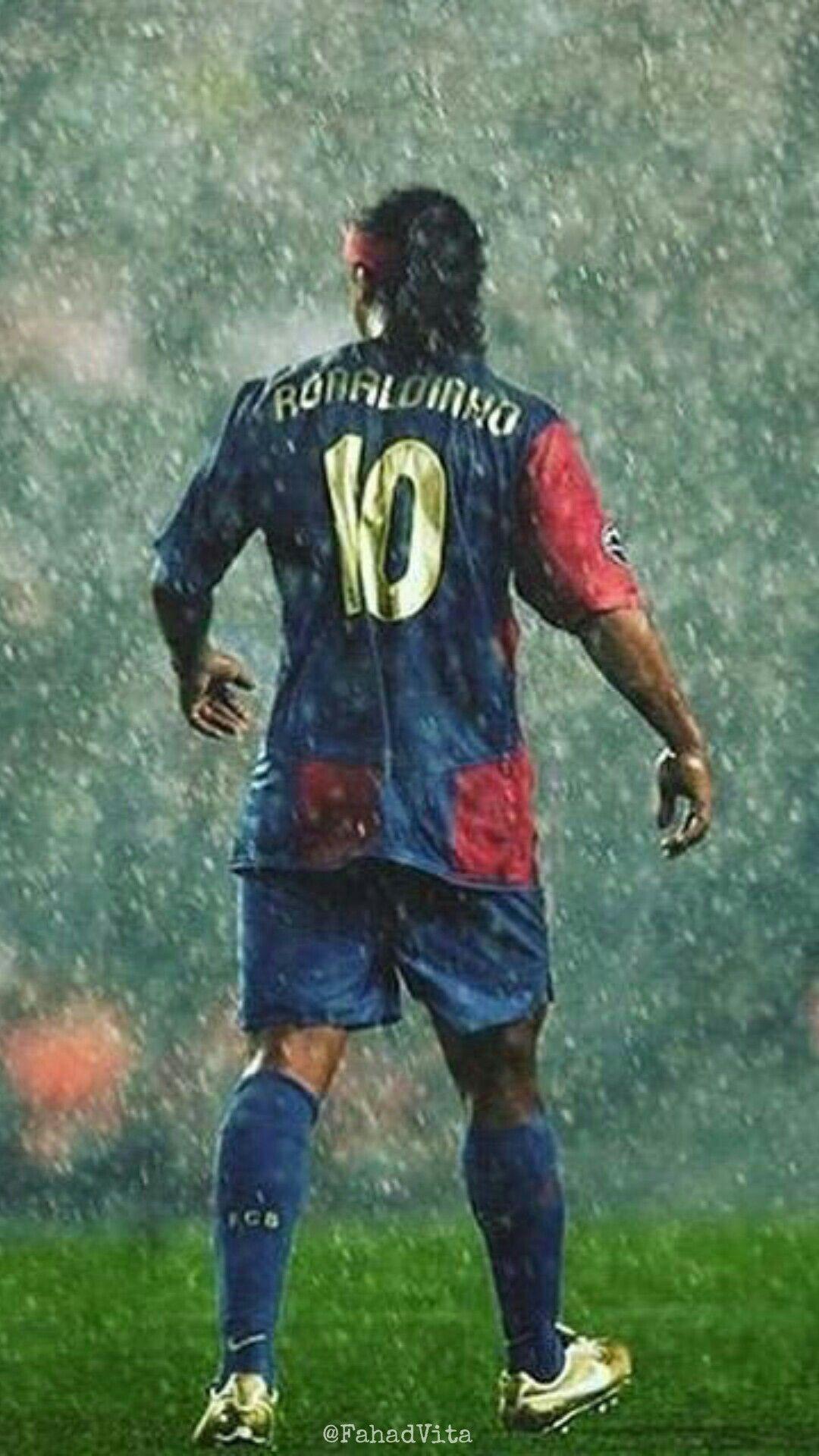 Ronaldinho Wallpapers Top Free Ronaldinho Backgrounds Wallpaperaccess