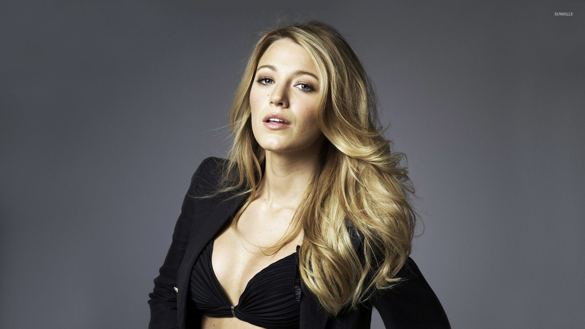 Blake Lively Wallpapers Top Free Blake Lively Backgrounds Wallpaperaccess