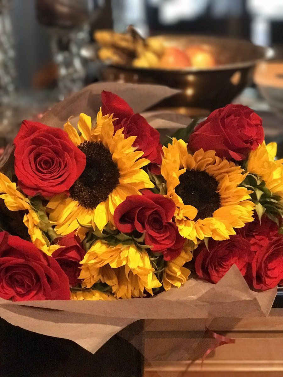 Sunflower and Roses Wallpapers - Top Free Sunflower and ...