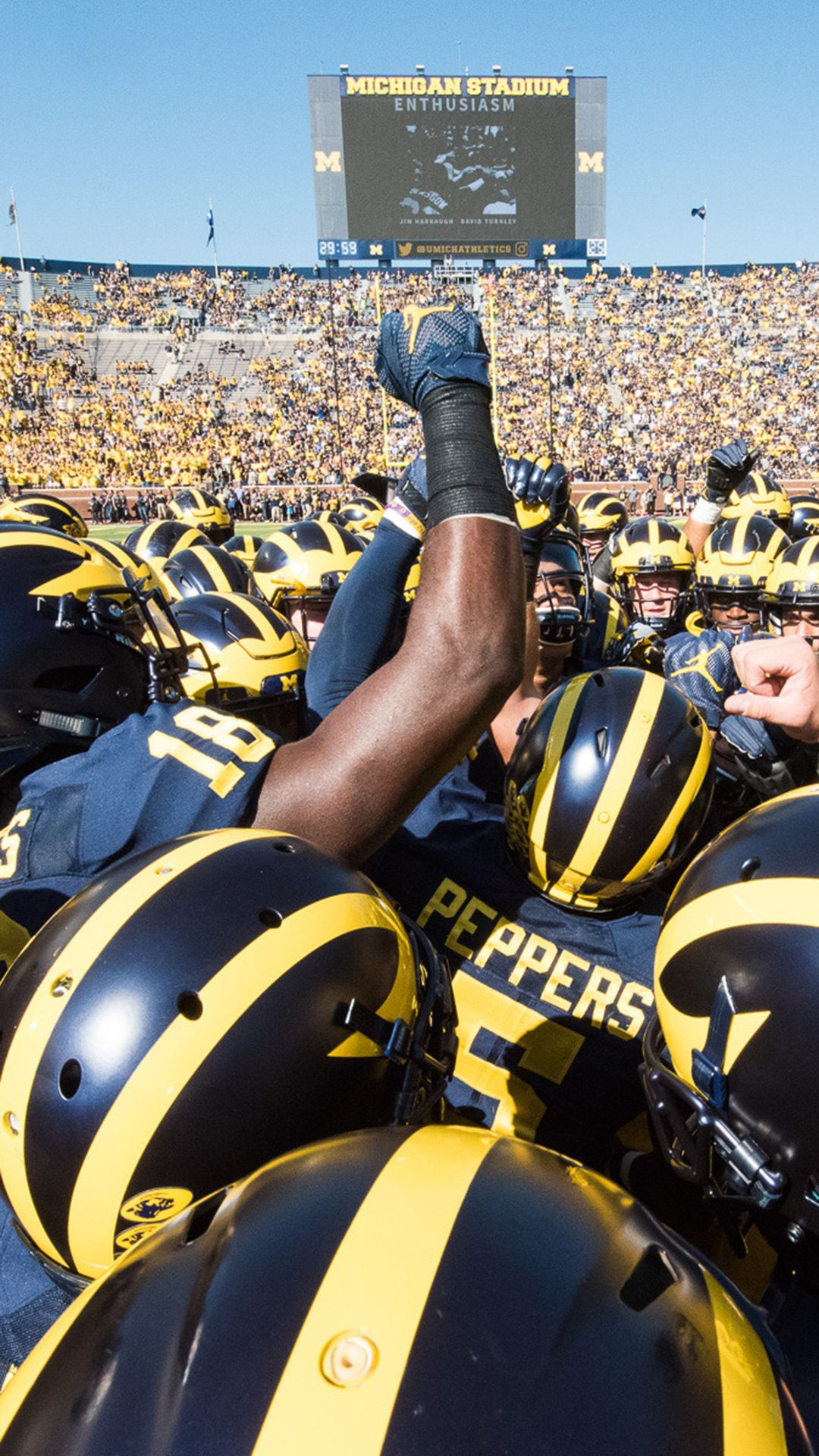 Michigan Wolverines Iphone Wallpapers Top Free Michigan Wolverines Iphone Backgrounds Wallpaperaccess