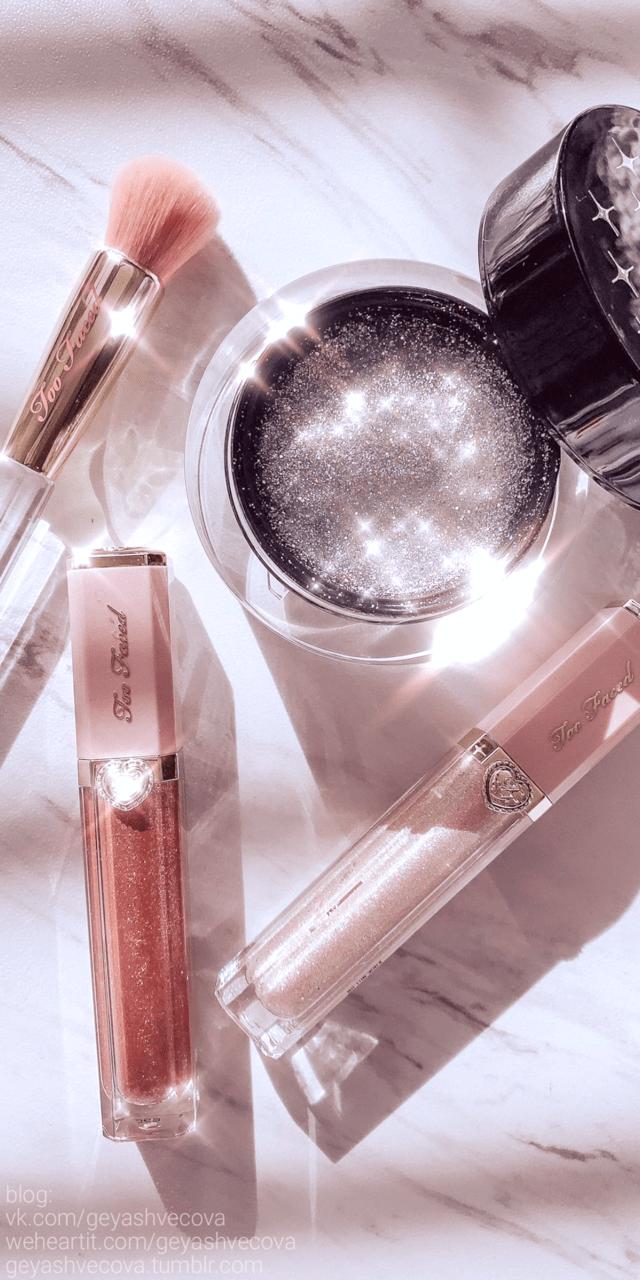 Rose Gold Lips Tumblr Wallpaper