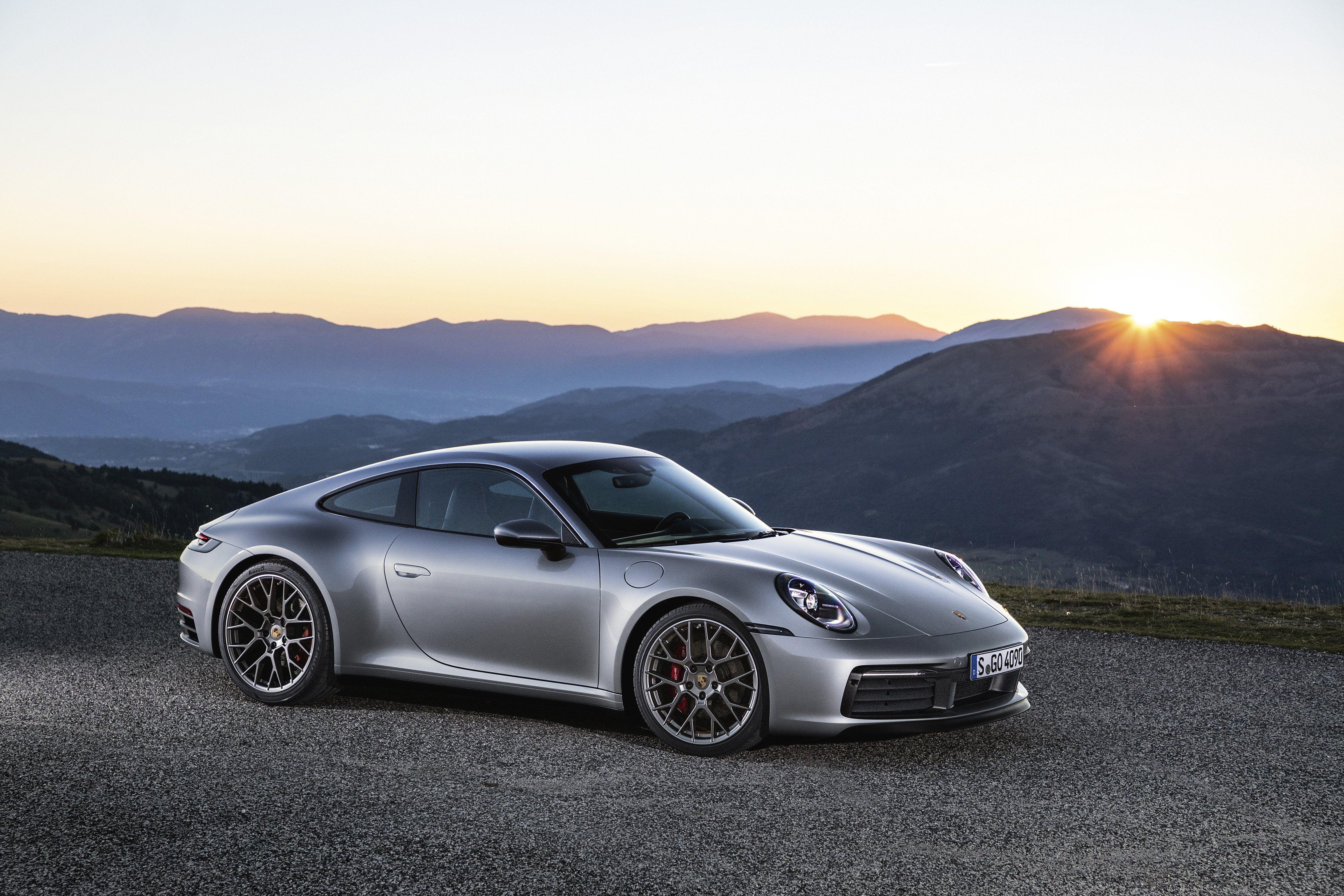 Porsche 992 Wallpapers Top Free Porsche 992 Backgrounds Wallpaperaccess