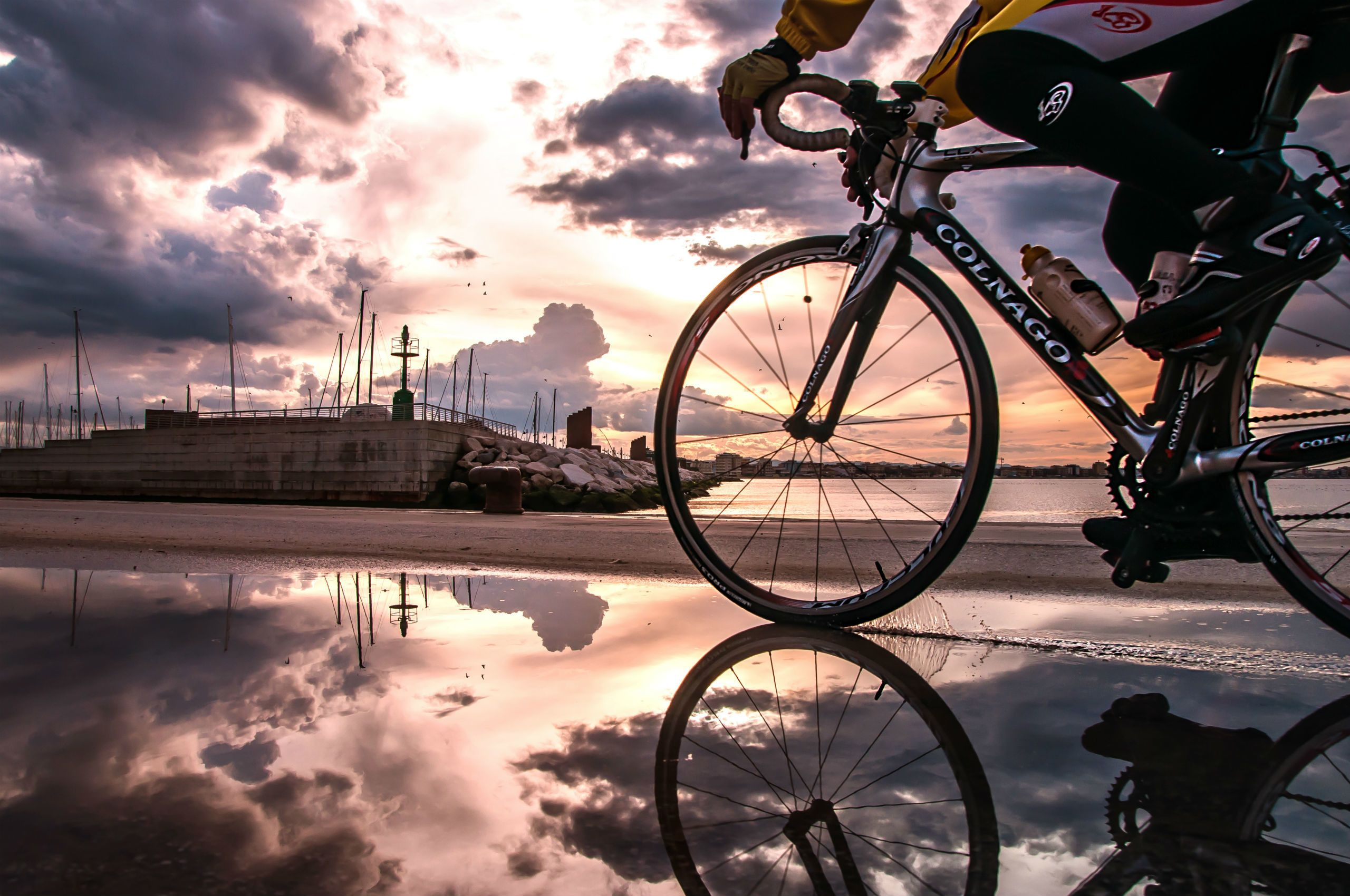 Cycling Wallpapers Top Free Cycling Backgrounds Wallpaperaccess