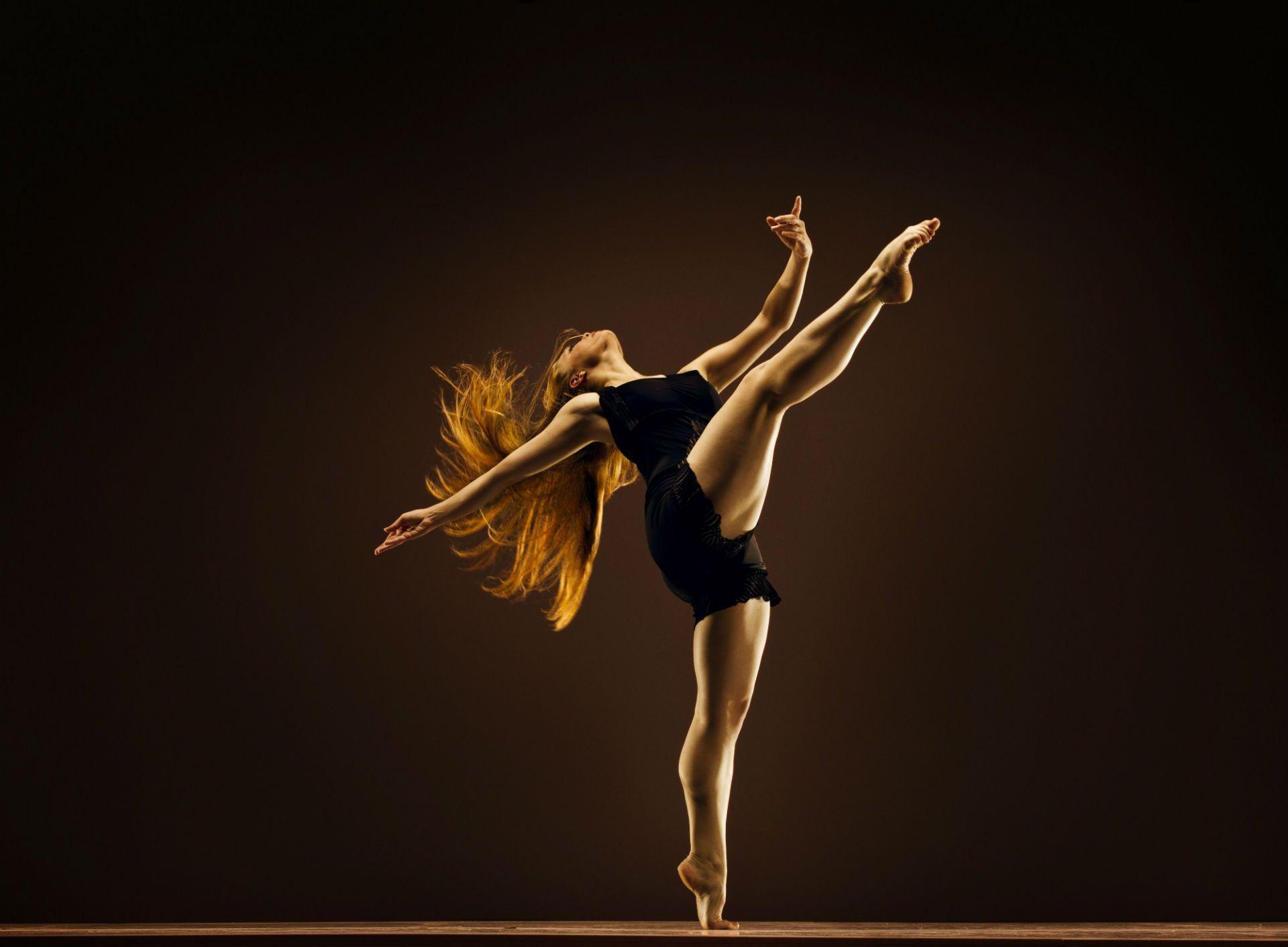 Dancer Desktop Wallpapers Top Free Dancer Desktop Backgrounds Wallpaperaccess