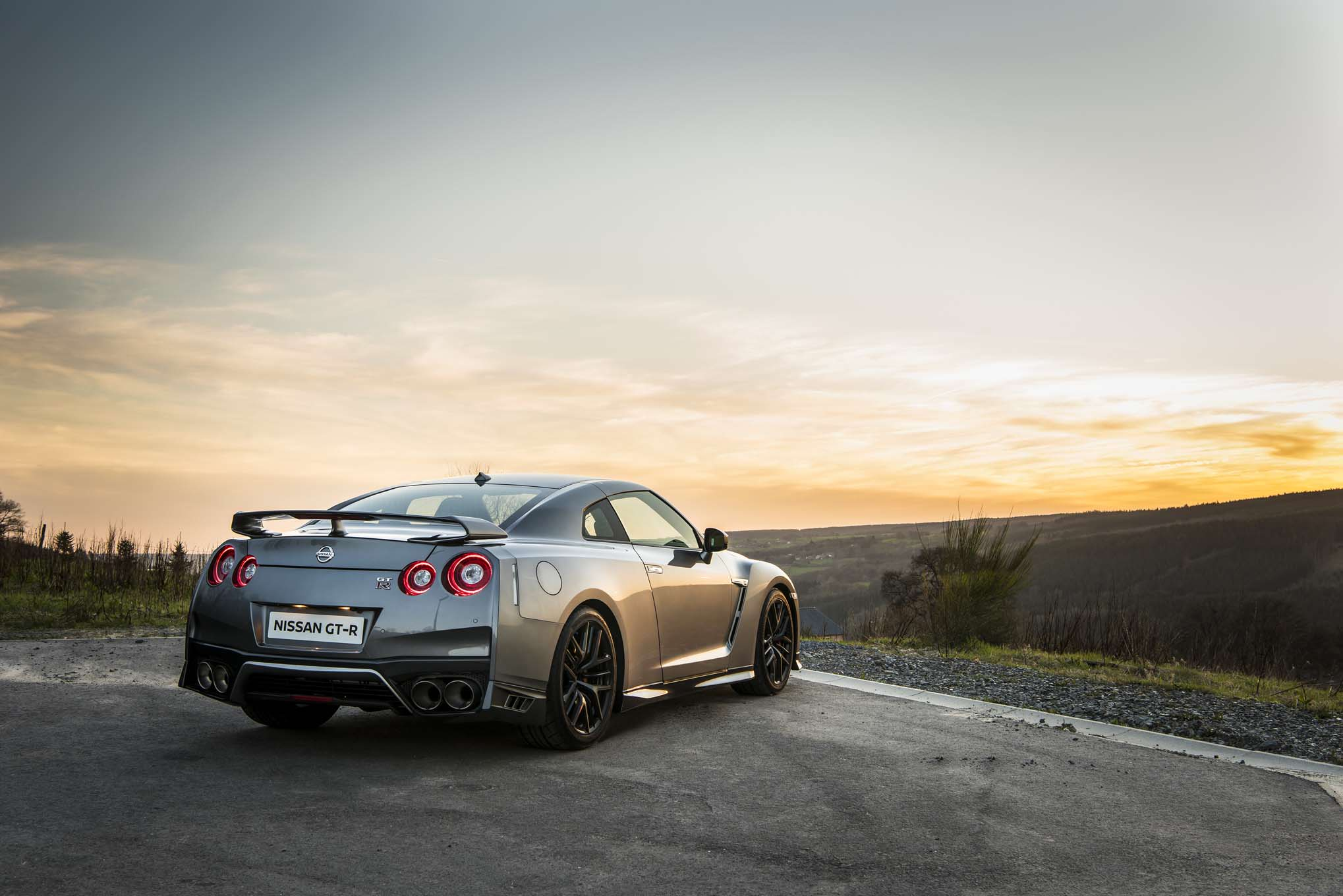 2017 Nissan Gtr First Look Wallpaper Hd: Top Free Nissan GT-R Backgrounds
