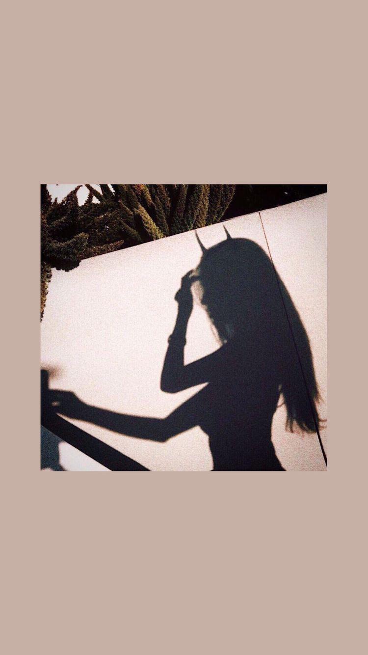 750x1334 Girl Aesthetic hình nền