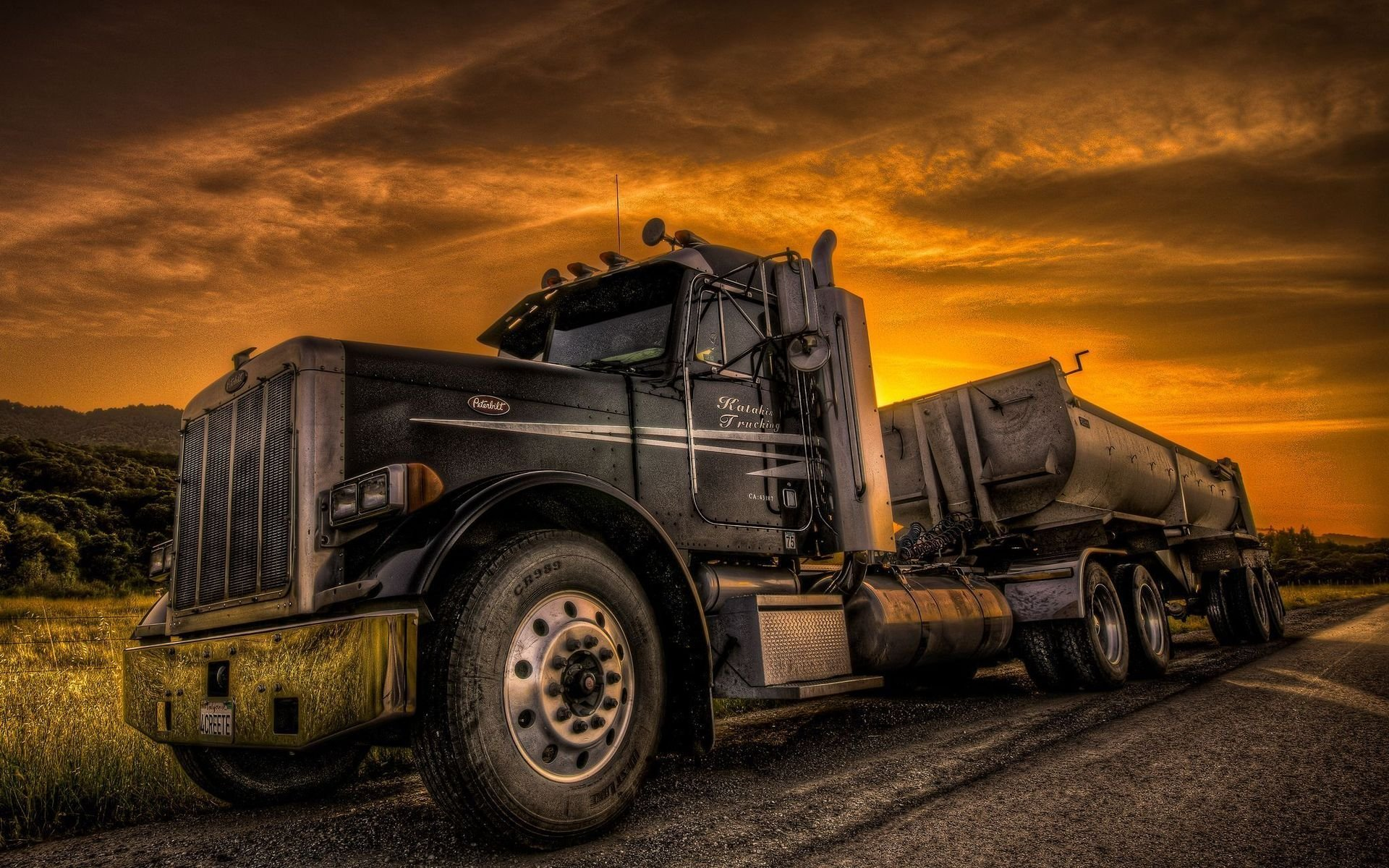 Trucks Wallpapers Top Free Trucks Backgrounds Wallpaperaccess