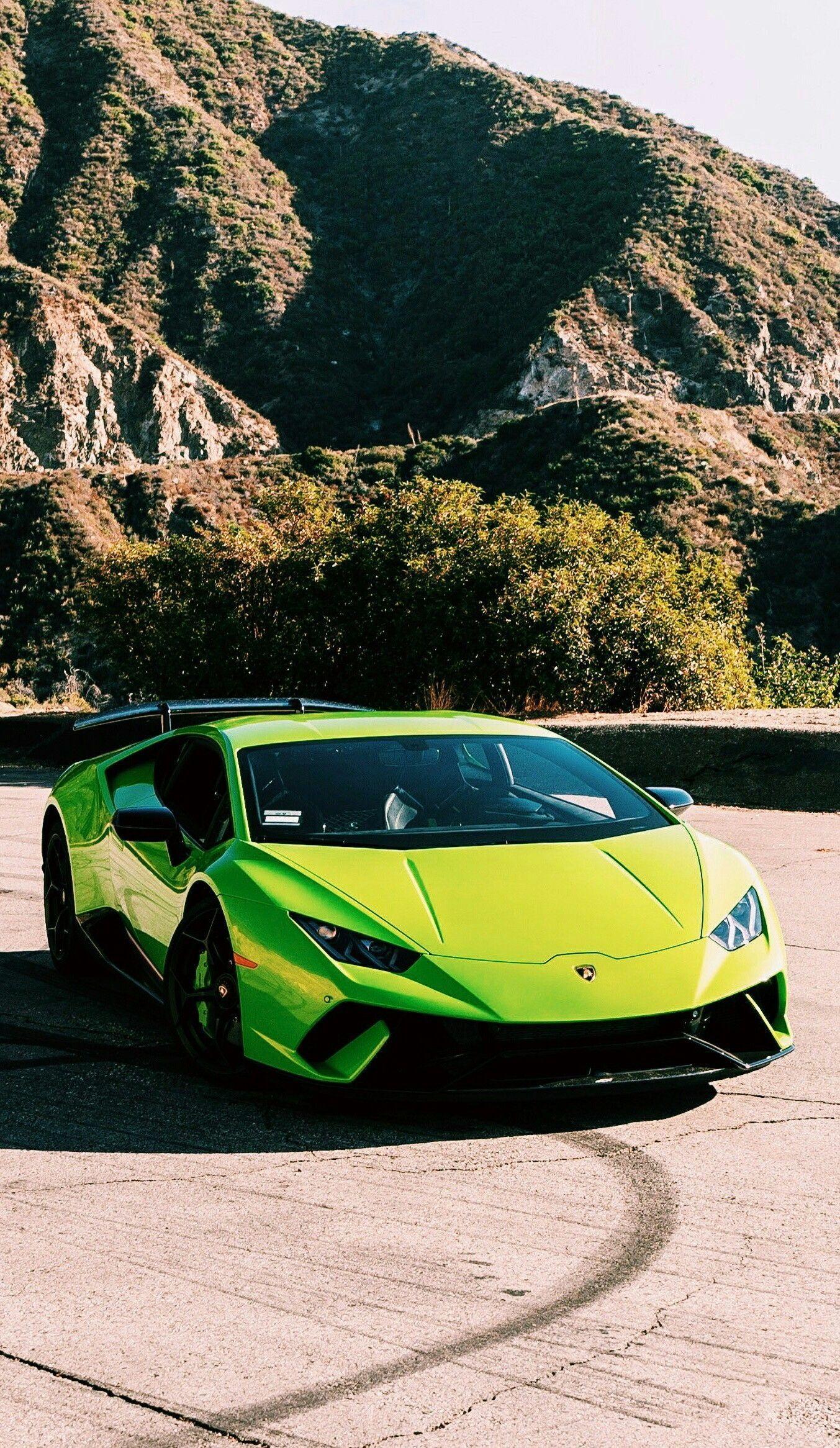 Green Lamborghini Iphone Wallpapers Top Free Green Lamborghini Iphone Backgrounds Wallpaperaccess