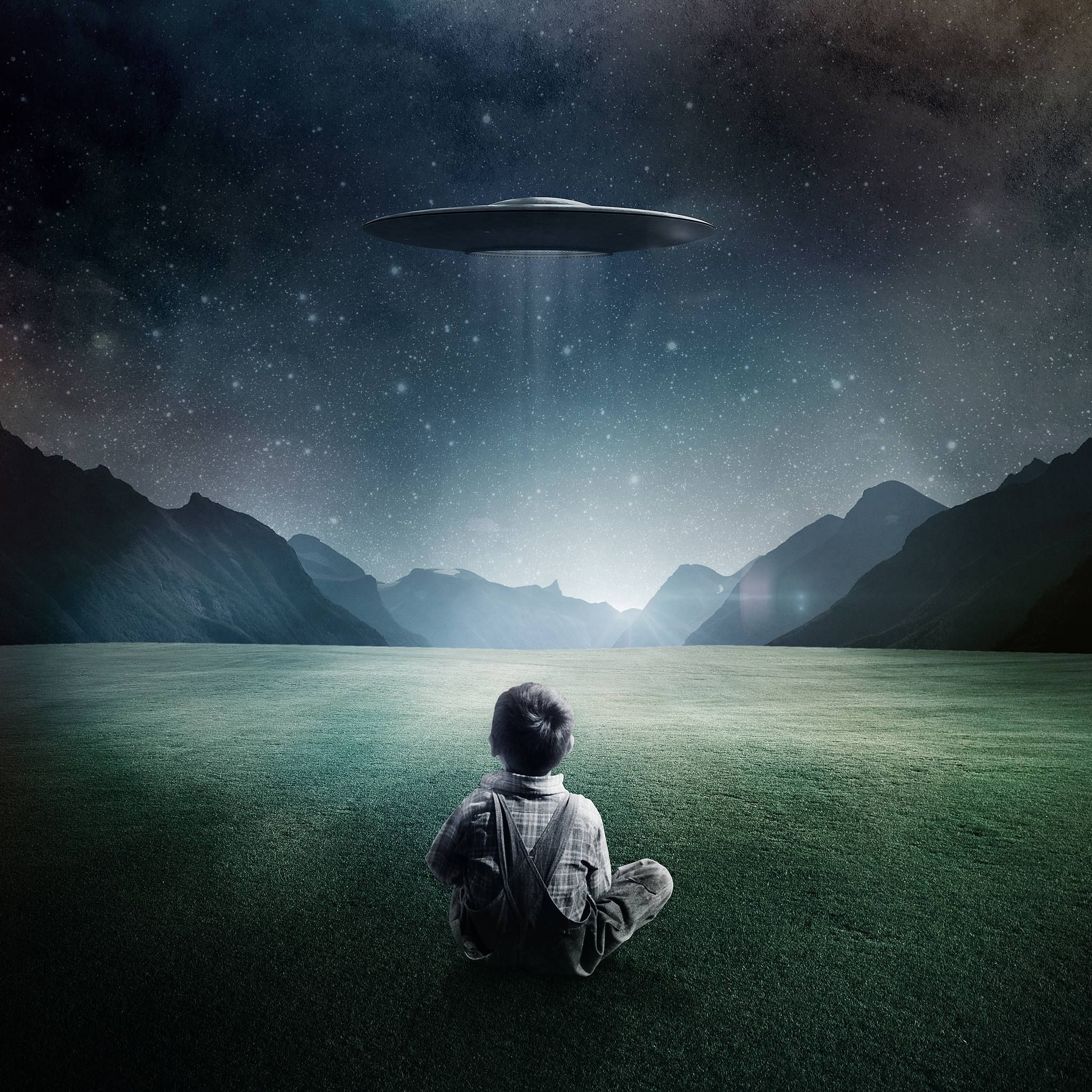 Alien Ufo Wallpapers Top Free Alien Ufo Backgrounds