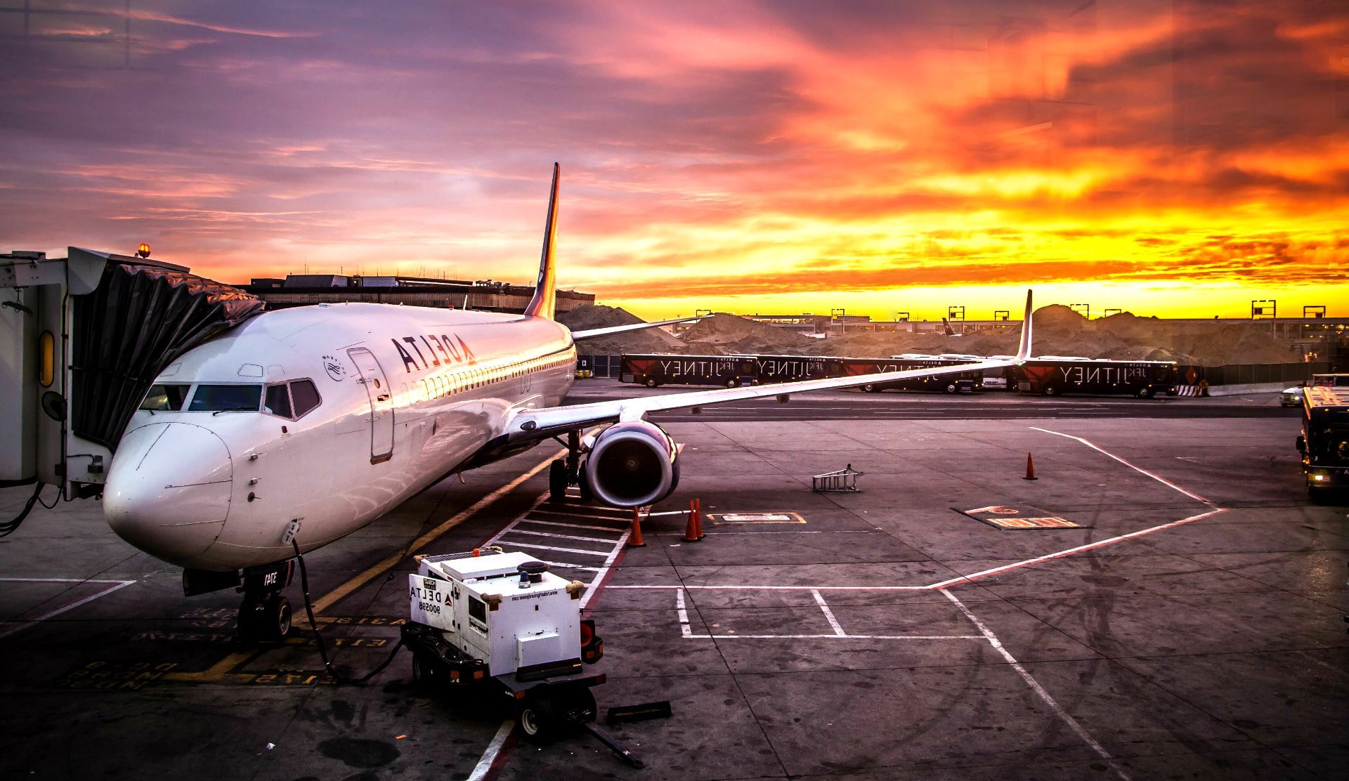 Top Free Airport Backgrounds