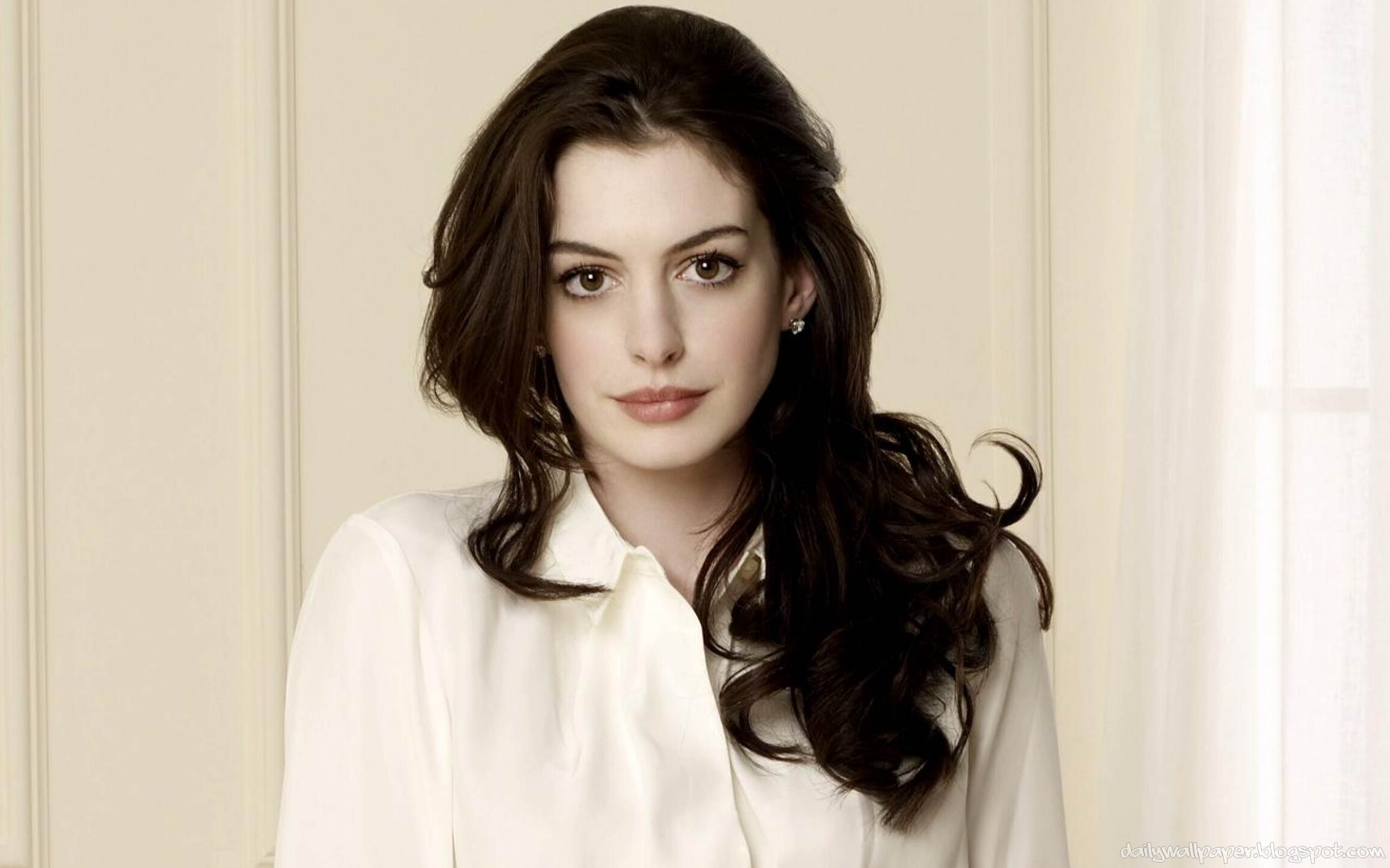 Anne Hathaway Wallpapers Top Free Anne Hathaway