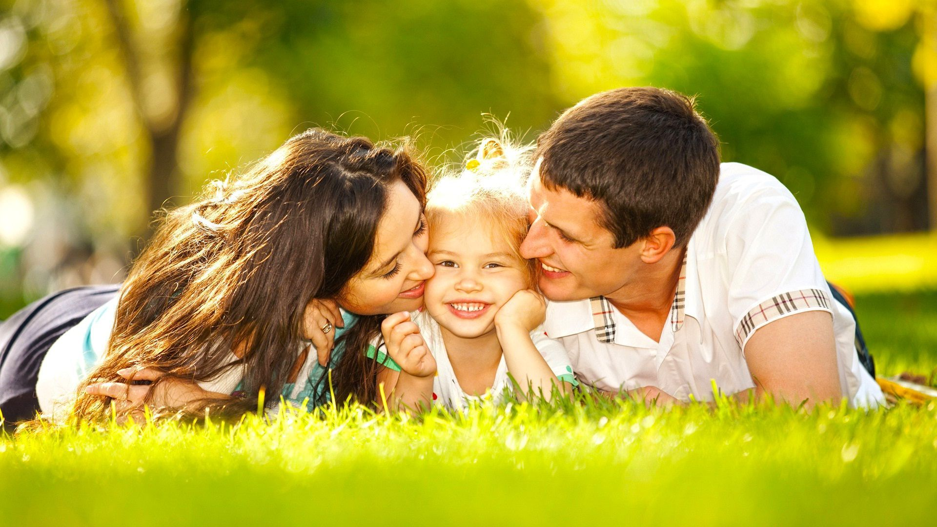 Happy Family Wallpapers - Top Free Happy Family Backgrounds ...