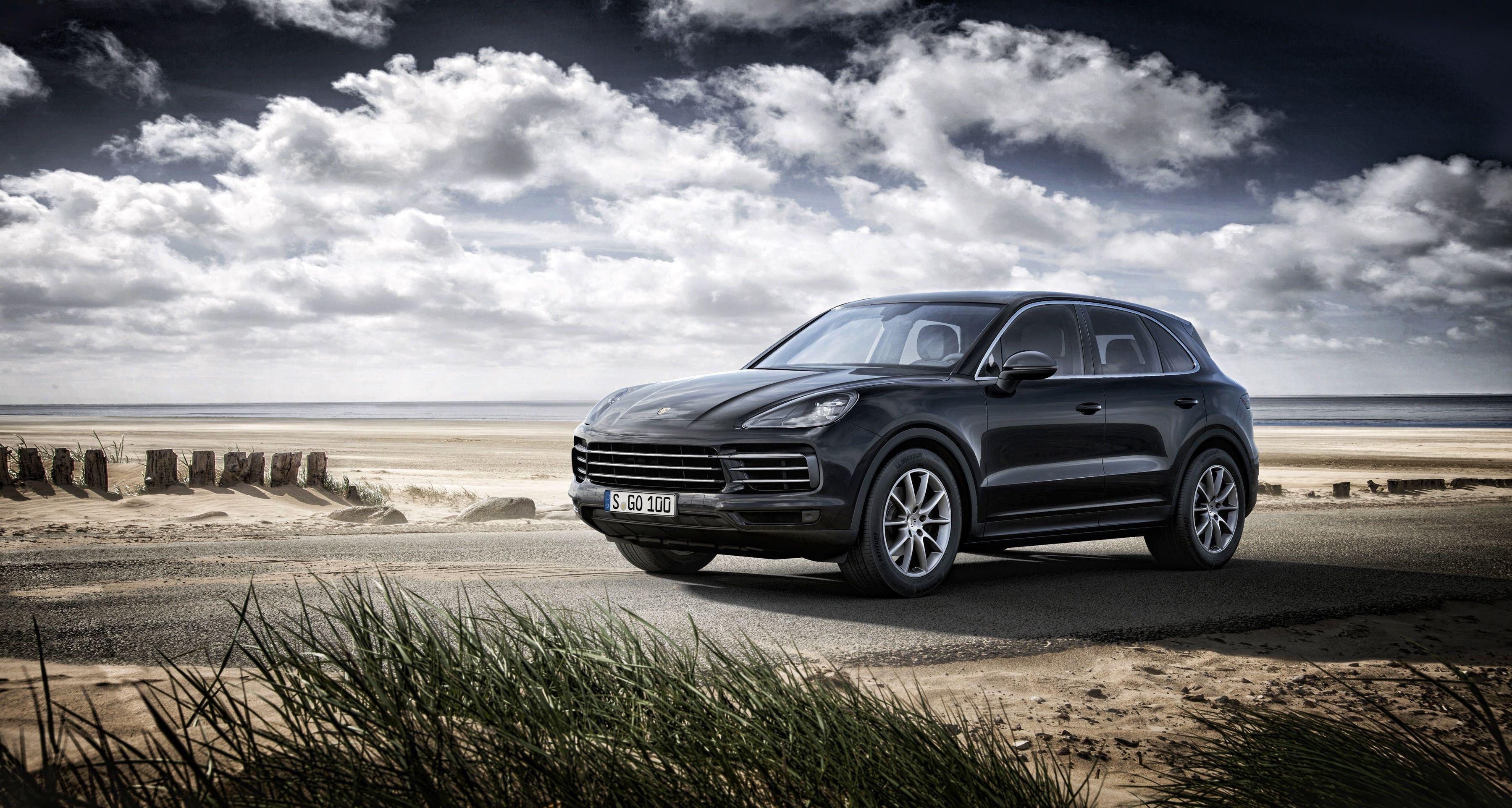 Porsche Cayenne Wallpapers Top Free Porsche Cayenne Backgrounds Wallpaperaccess