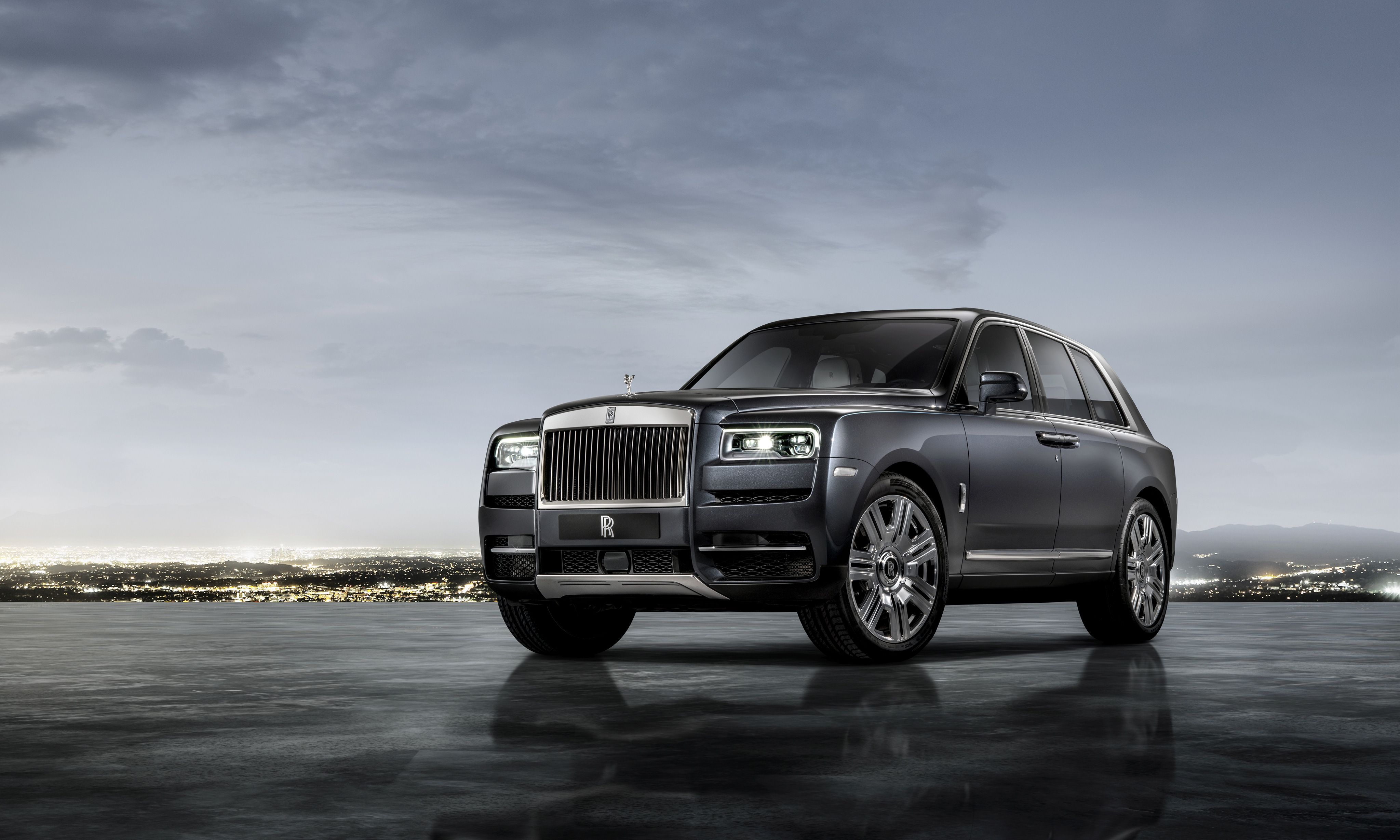 Rolls Royce Cullinan Wallpapers Top Free Rolls Royce Cullinan Backgrounds Wallpaperaccess