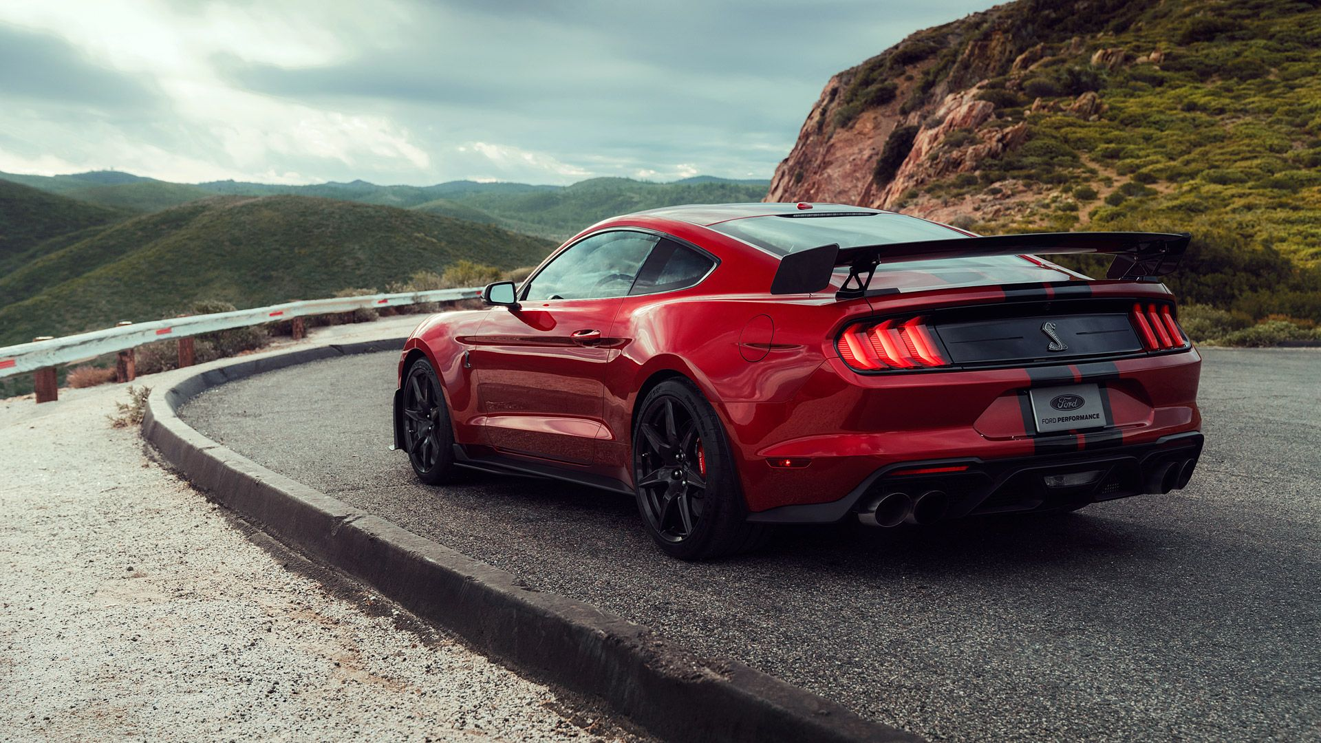 Red Mustang Wallpapers Top Free Red Mustang Backgrounds Wallpaperaccess