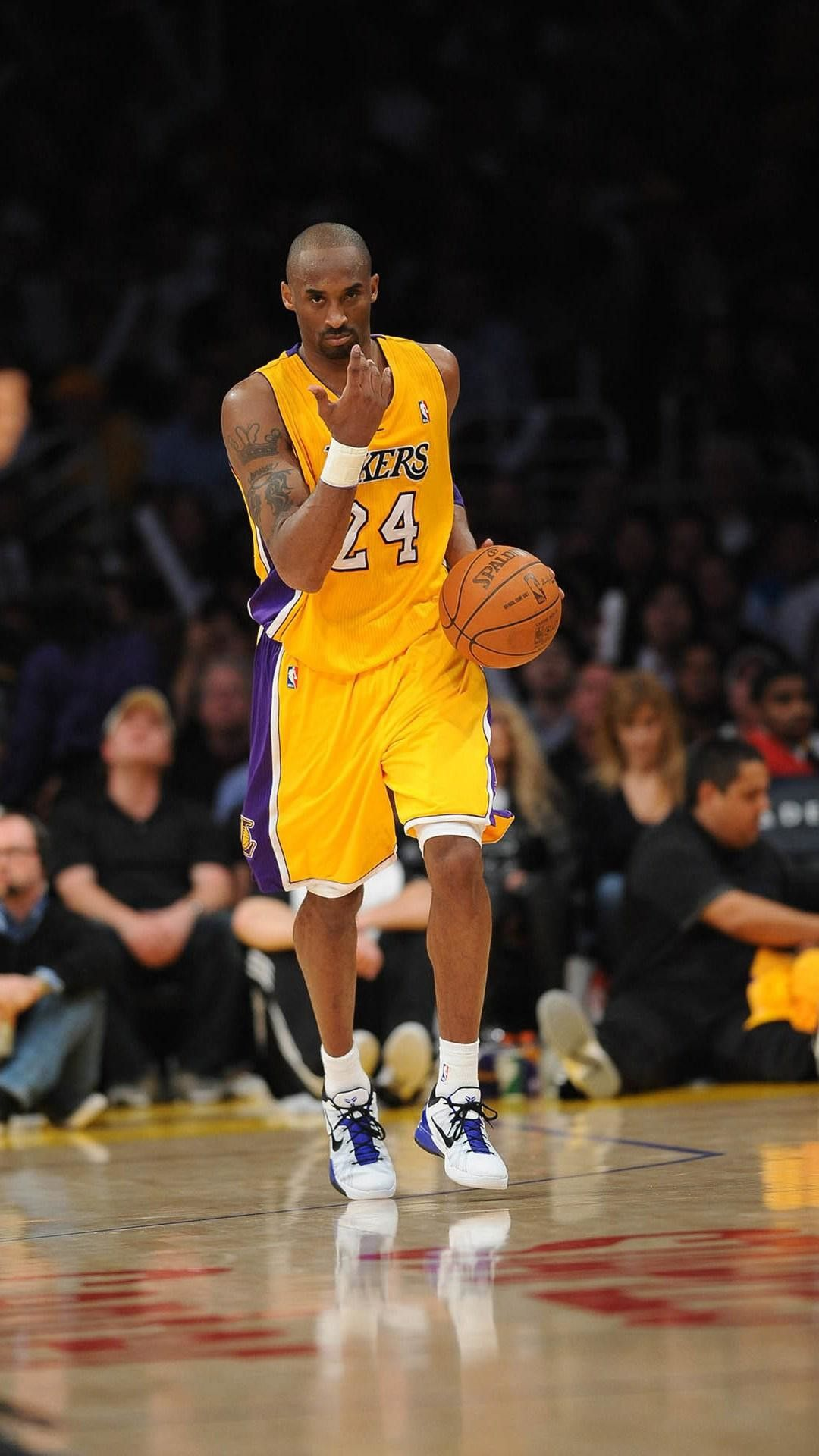 Kobe Bryant Iphone Wallpapers Top Free Kobe Bryant Iphone Backgrounds Wallpaperaccess