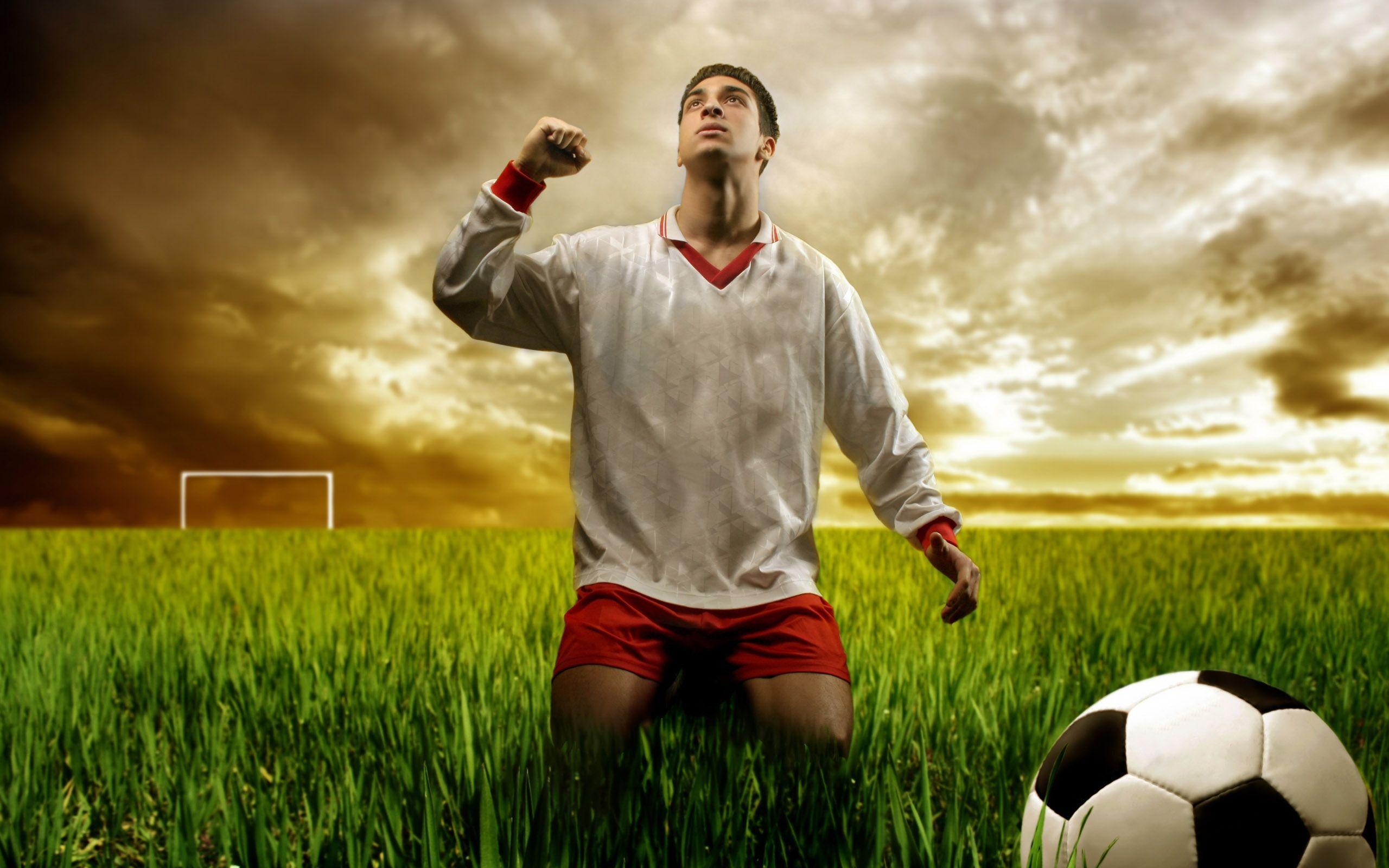 Cool Soccer Desktop Wallpapers Top Free Cool Soccer Desktop Backgrounds Wallpaperaccess