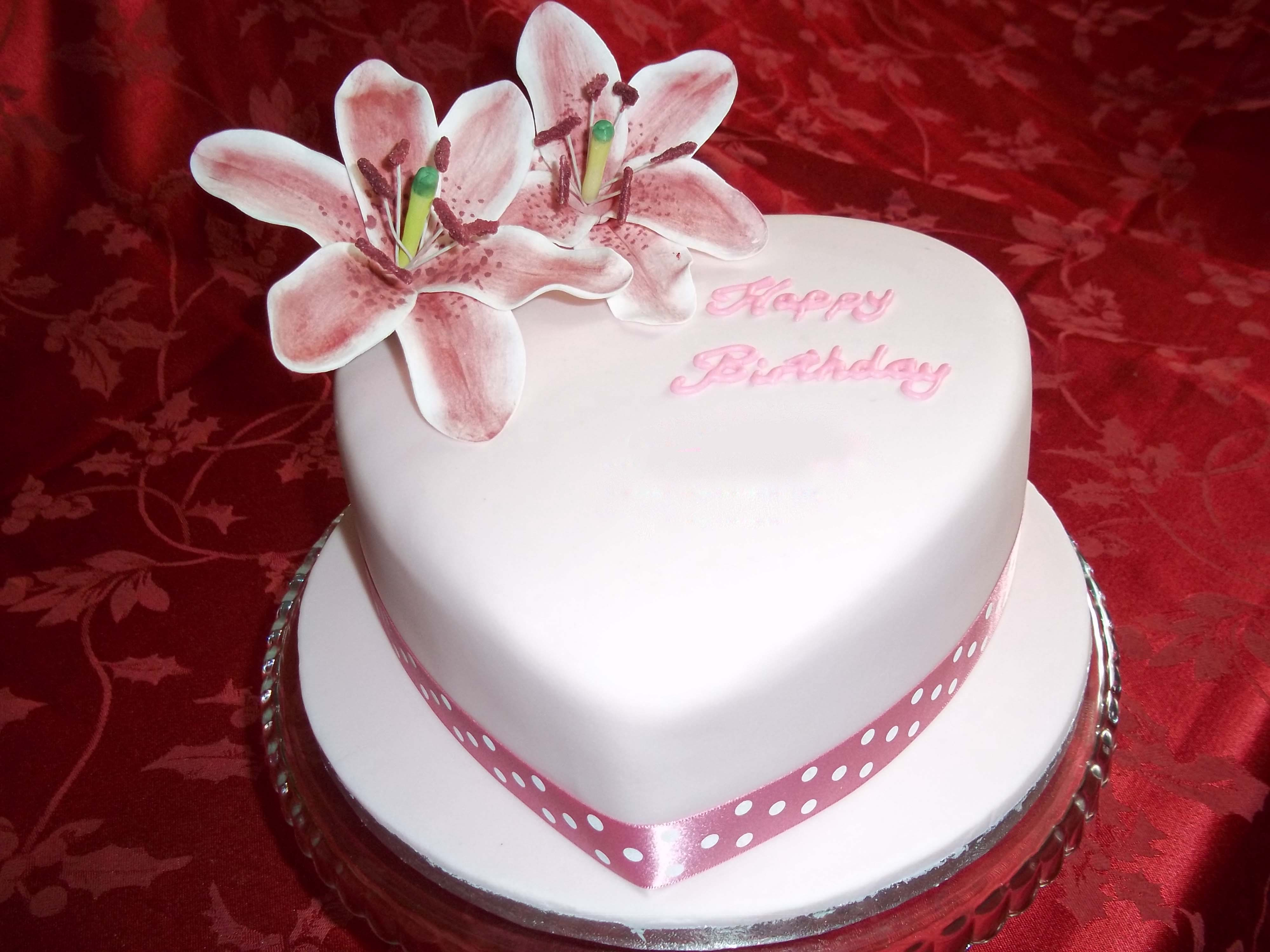 Birthday Cake Wallpapers Top Free Birthday Cake Backgrounds Wallpaperaccess