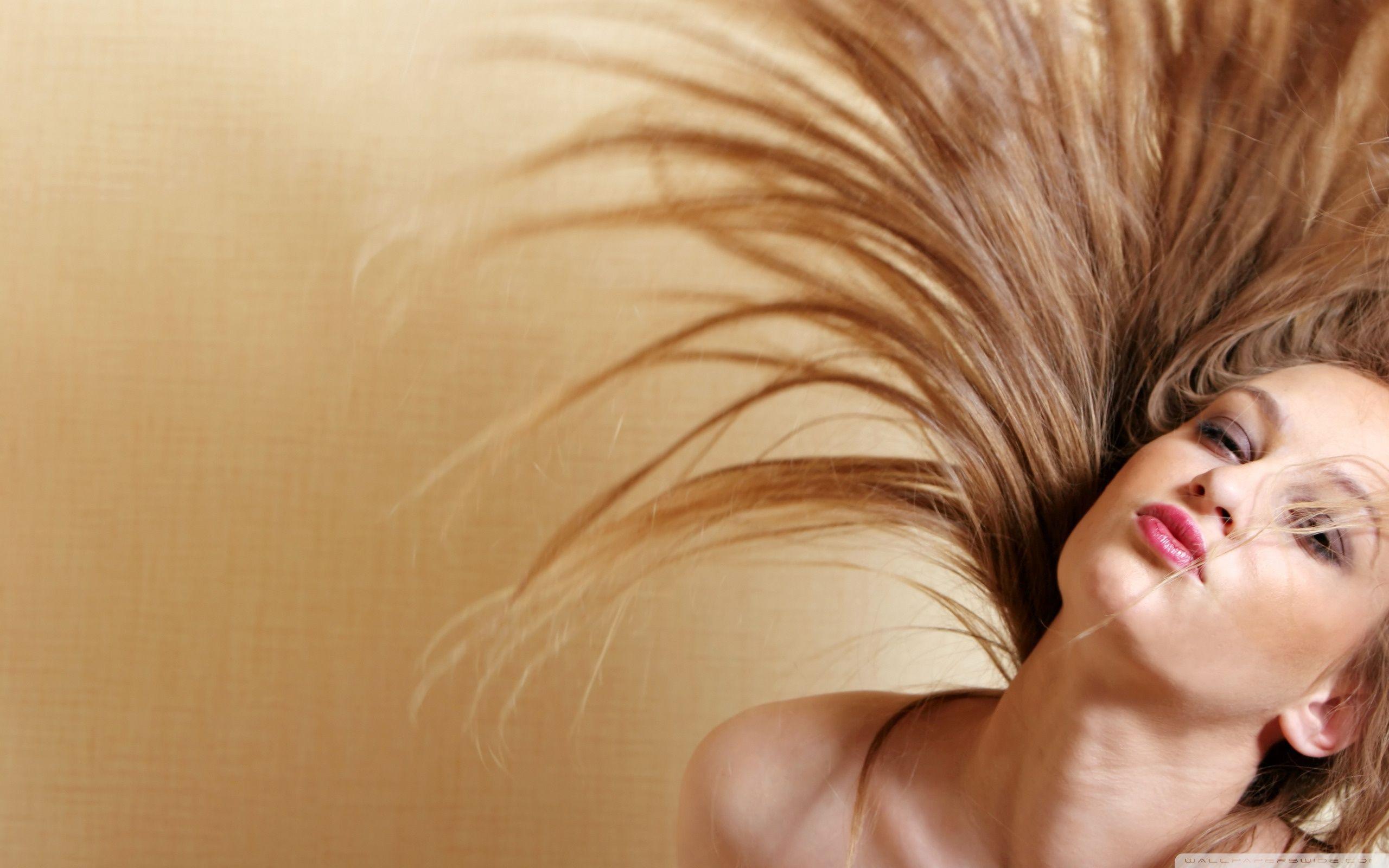 Long Hair Wallpapers Top Free Long Hair Backgrounds Wallpaperaccess