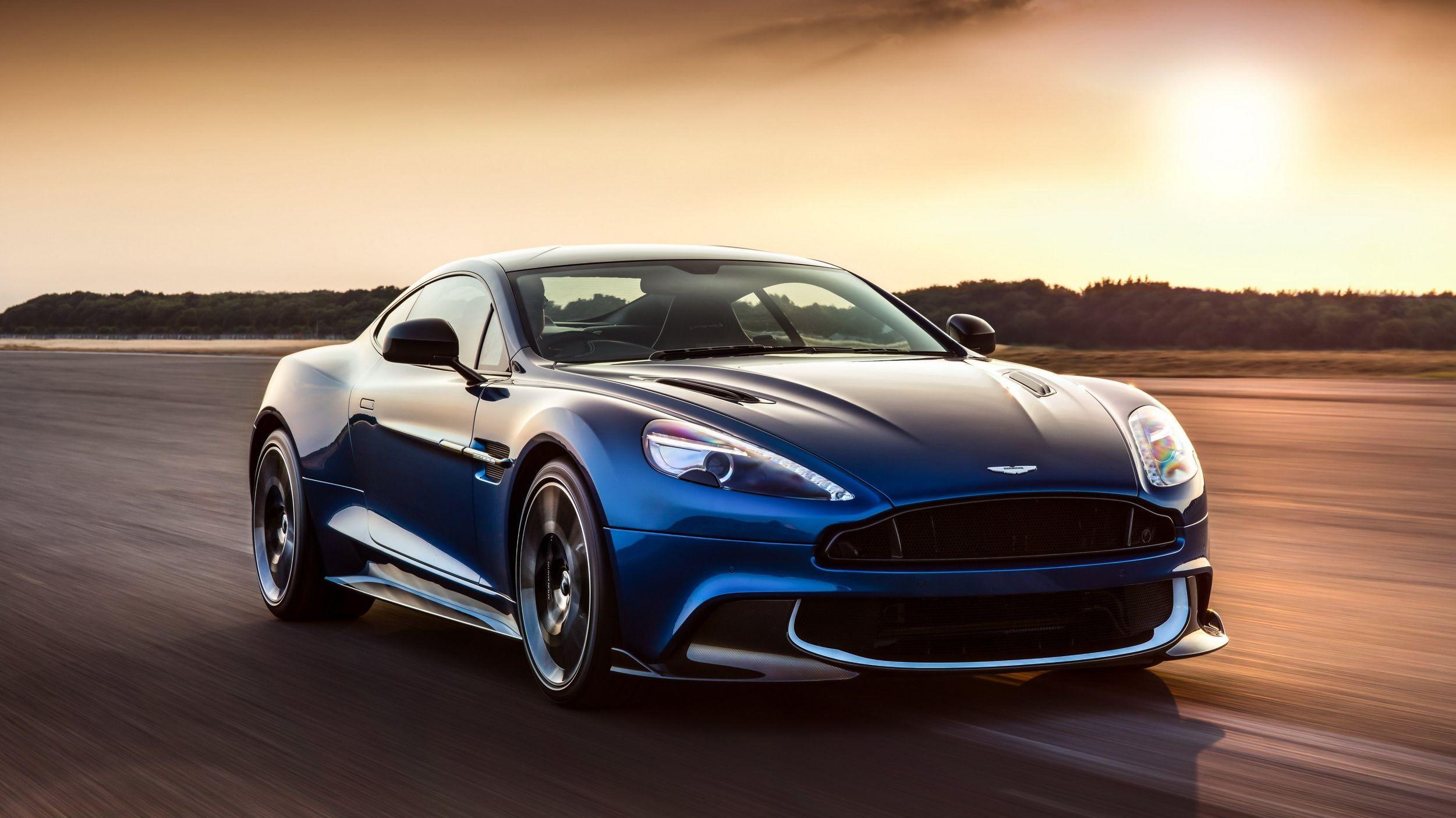 Aston Martin Vanquish Wallpapers Top Free Aston Martin Vanquish Backgrounds Wallpaperaccess