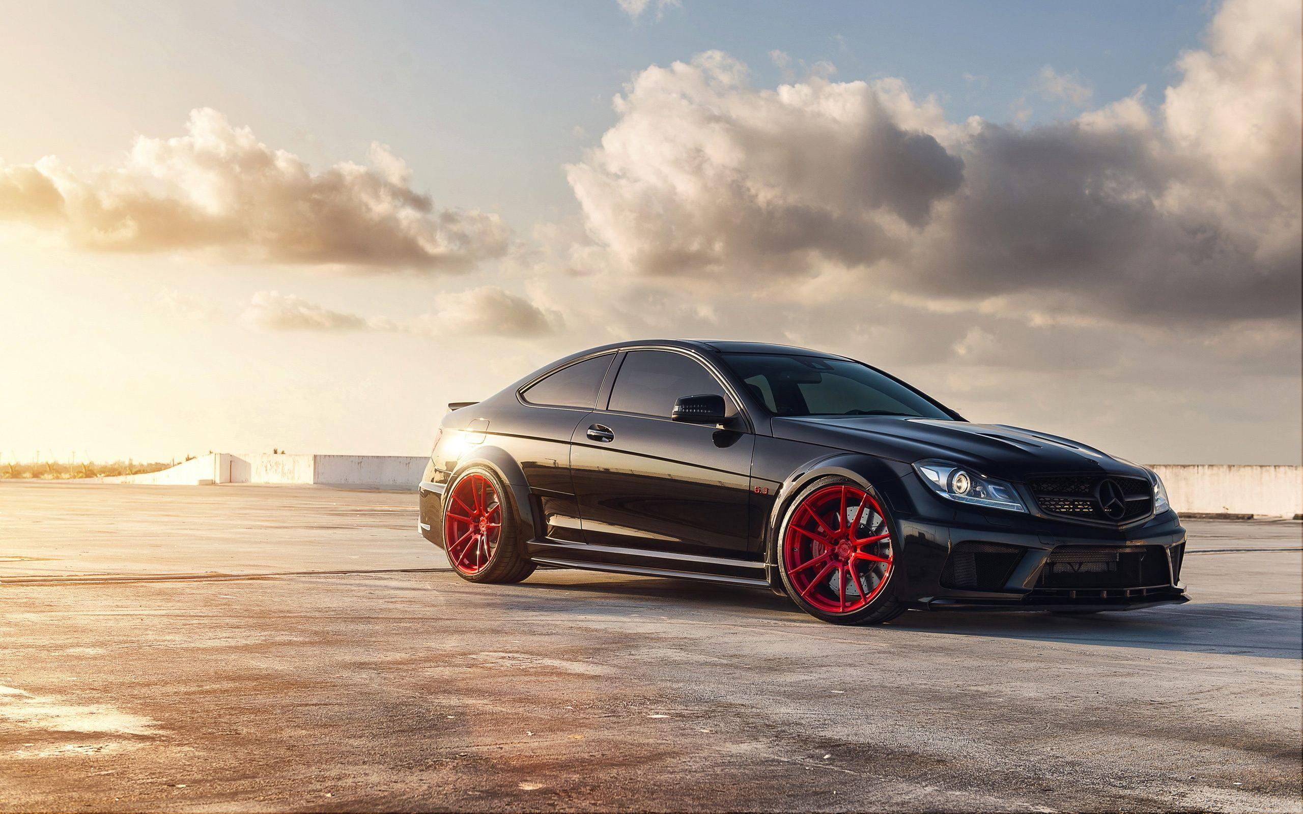 Mercedes Amg C63 Wallpapers Top Free Mercedes Amg C63 Backgrounds Wallpaperaccess