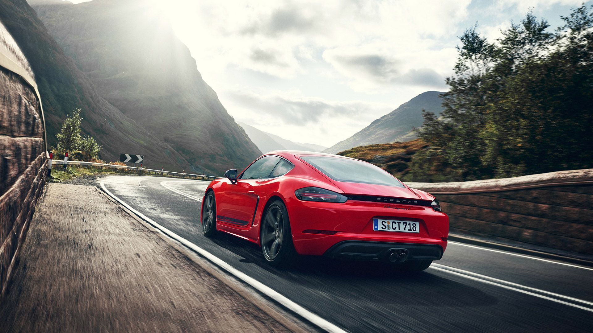 Porsche Cayman Wallpapers Top Free Porsche Cayman Backgrounds Wallpaperaccess