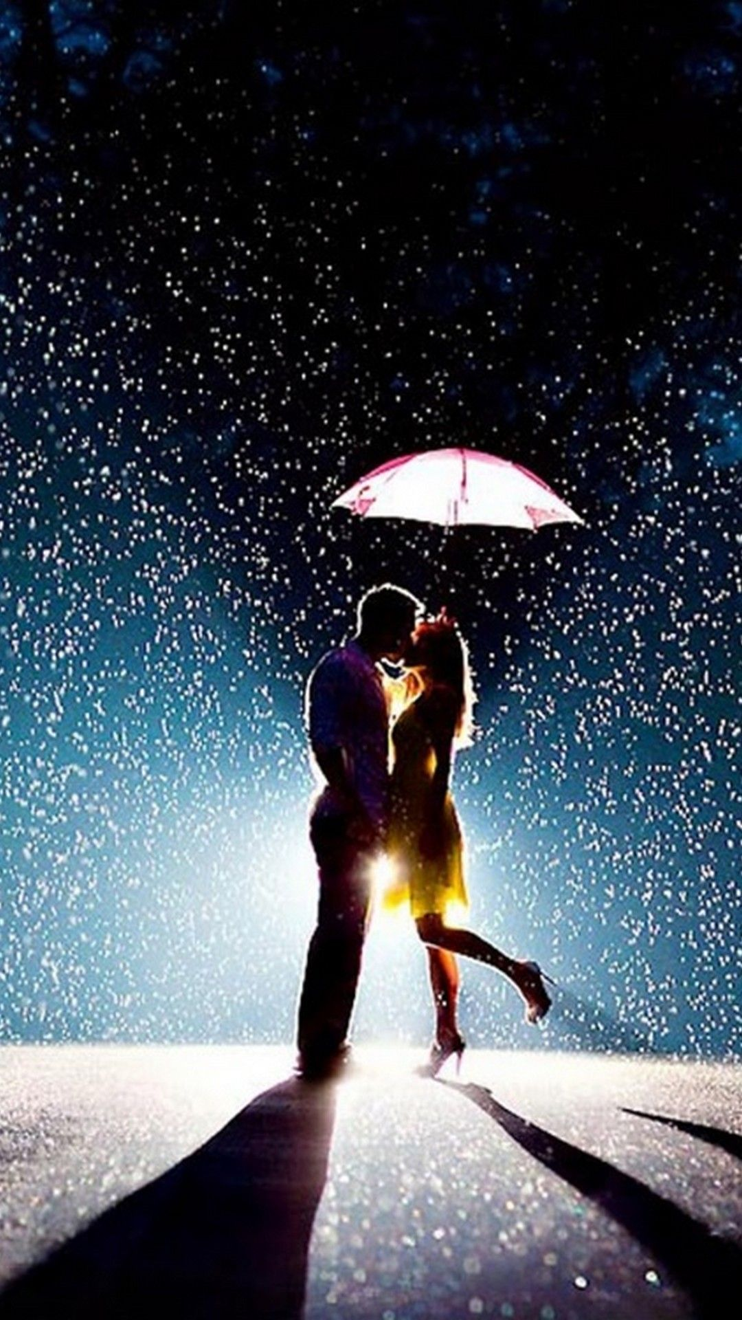 Romantic Couple In Rain Hd Wallpaper ...