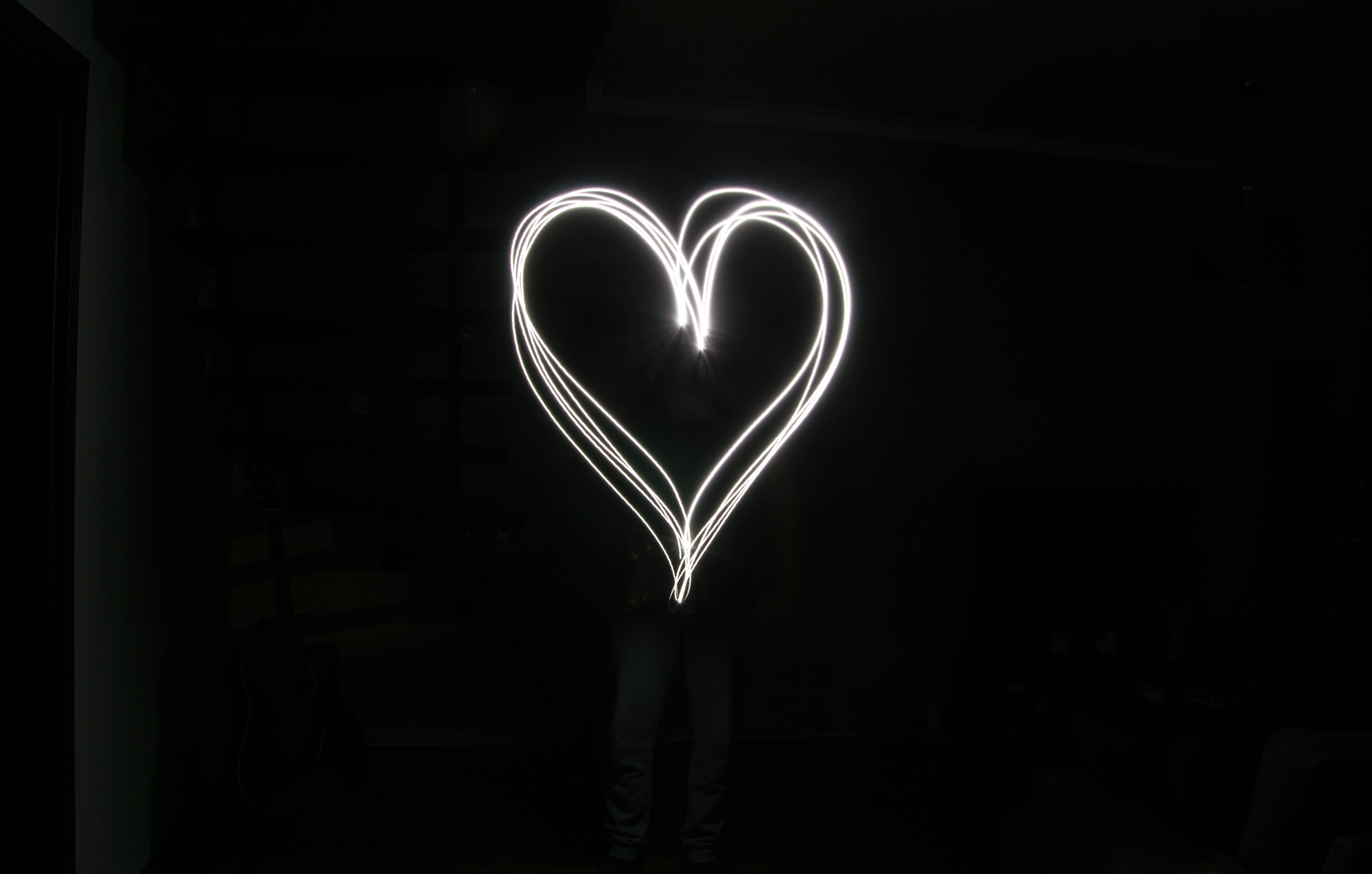 Heart Black And White Wallpapers Top Free Heart Black And White Backgrounds Wallpaperaccess