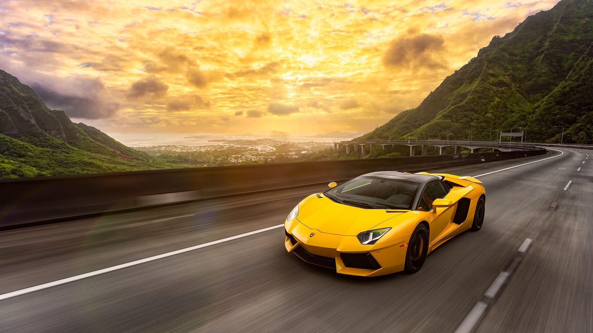 Yellow Lamborghini Wallpapers Top Free Yellow Lamborghini Backgrounds Wallpaperaccess