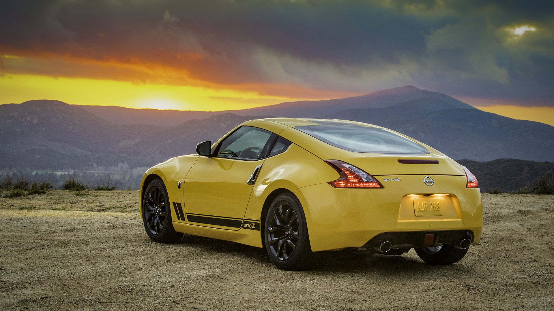 Nissan 370z Wallpapers Top Free Nissan 370z Backgrounds Wallpaperaccess