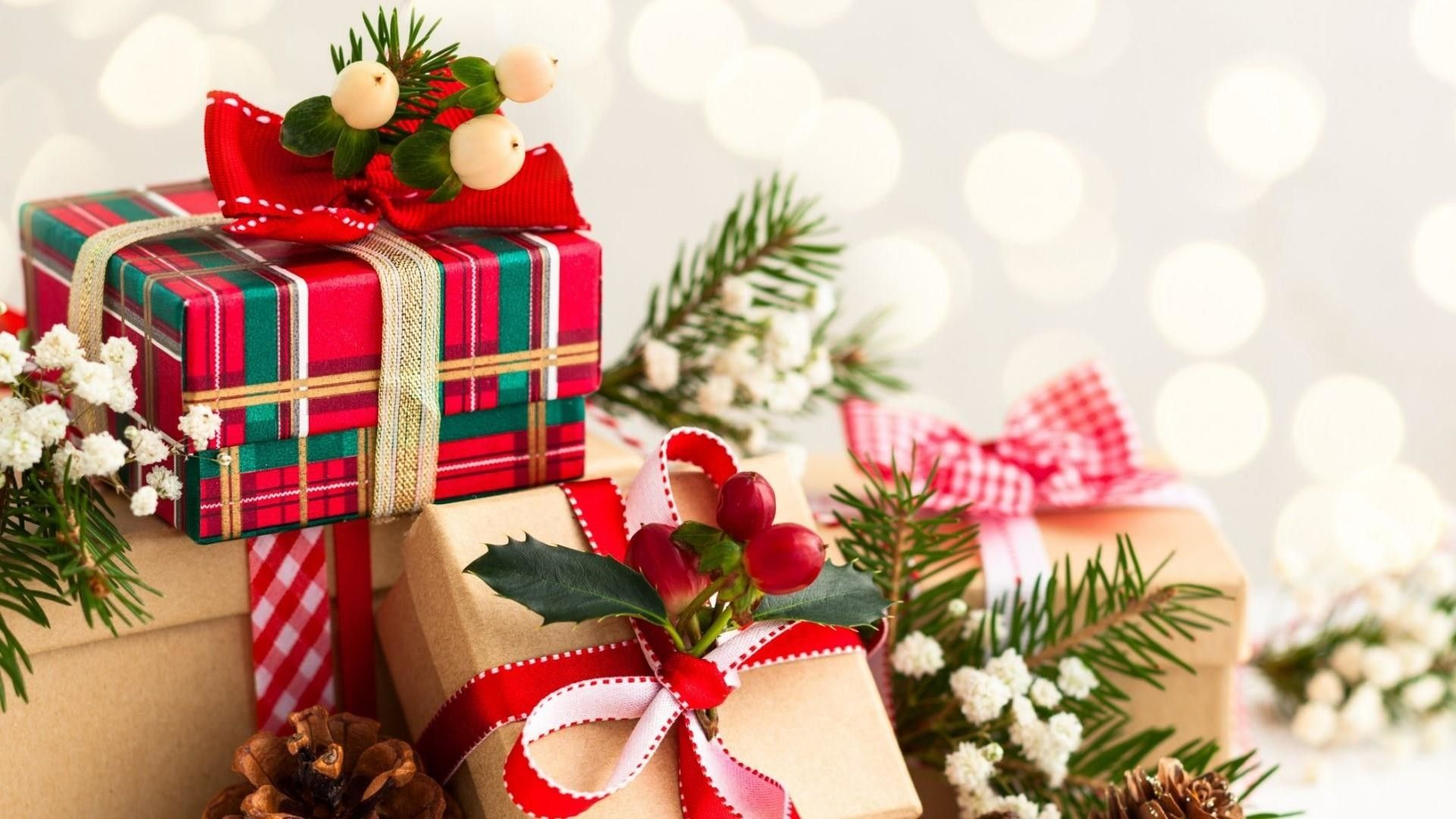 Christmas Presents Wallpapers Top Free Christmas Presents Backgrounds Wallpaperaccess