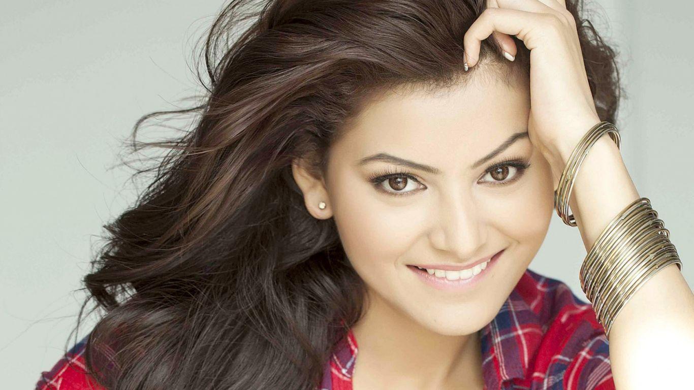 Bollywood Actress Wallpapers Top Free Bollywood Actress Backgrounds Wallpaperaccess