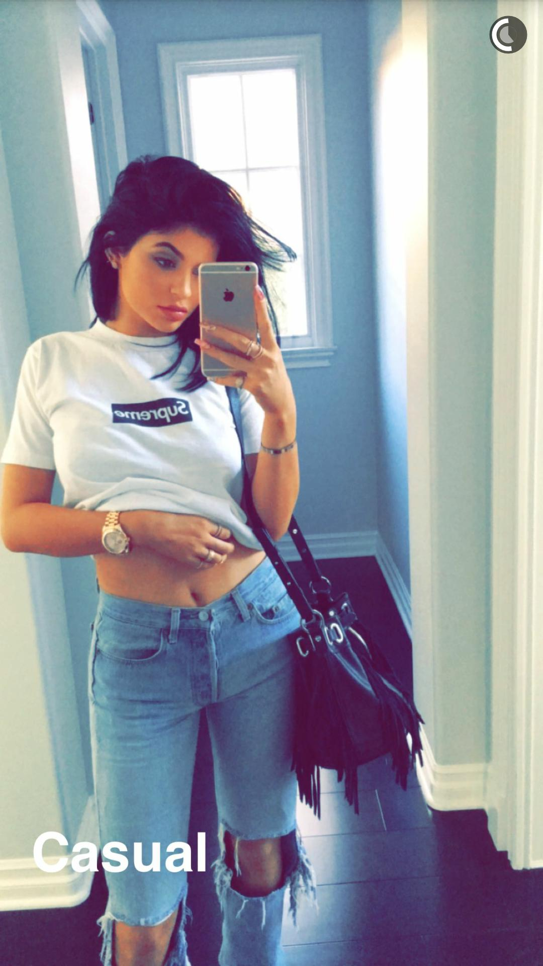 Kylie Jenner Iphone Wallpapers Top Free Kylie Jenner Iphone