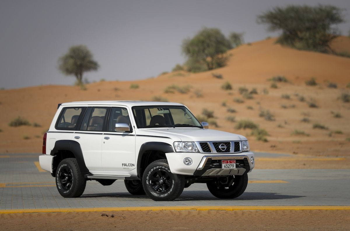 Nissan Patrol Wallpapers Top Free Nissan Patrol Backgrounds Wallpaperaccess