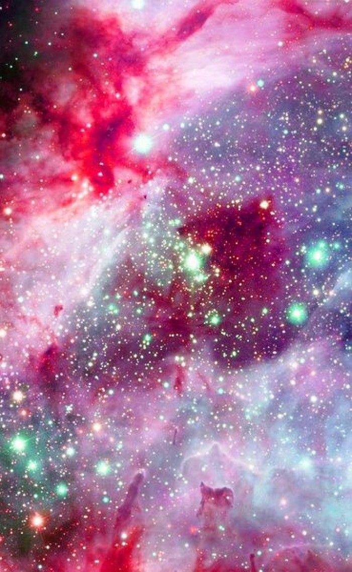 Loạt tinh vân màu đỏ 700x1138.  Vũ trụ đẹp đẽ.  Dấu cách