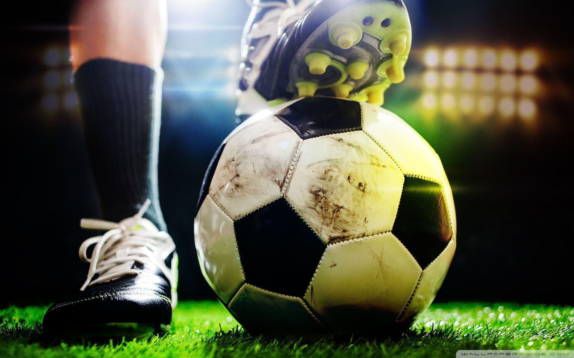 Football Hd Wallpapers Top Free Football Hd Backgrounds Wallpaperaccess
