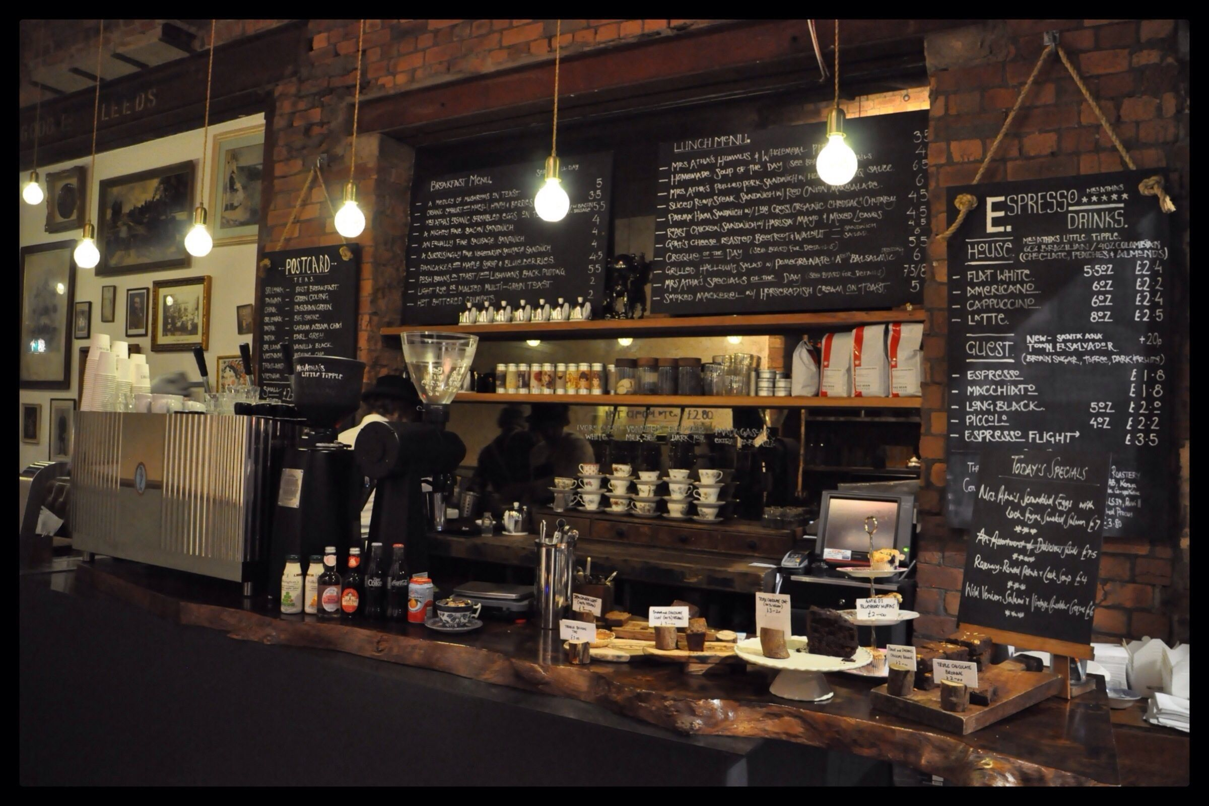 Coffee Shop Wallpapers Top Free Coffee Shop Backgrounds Wallpaperaccess