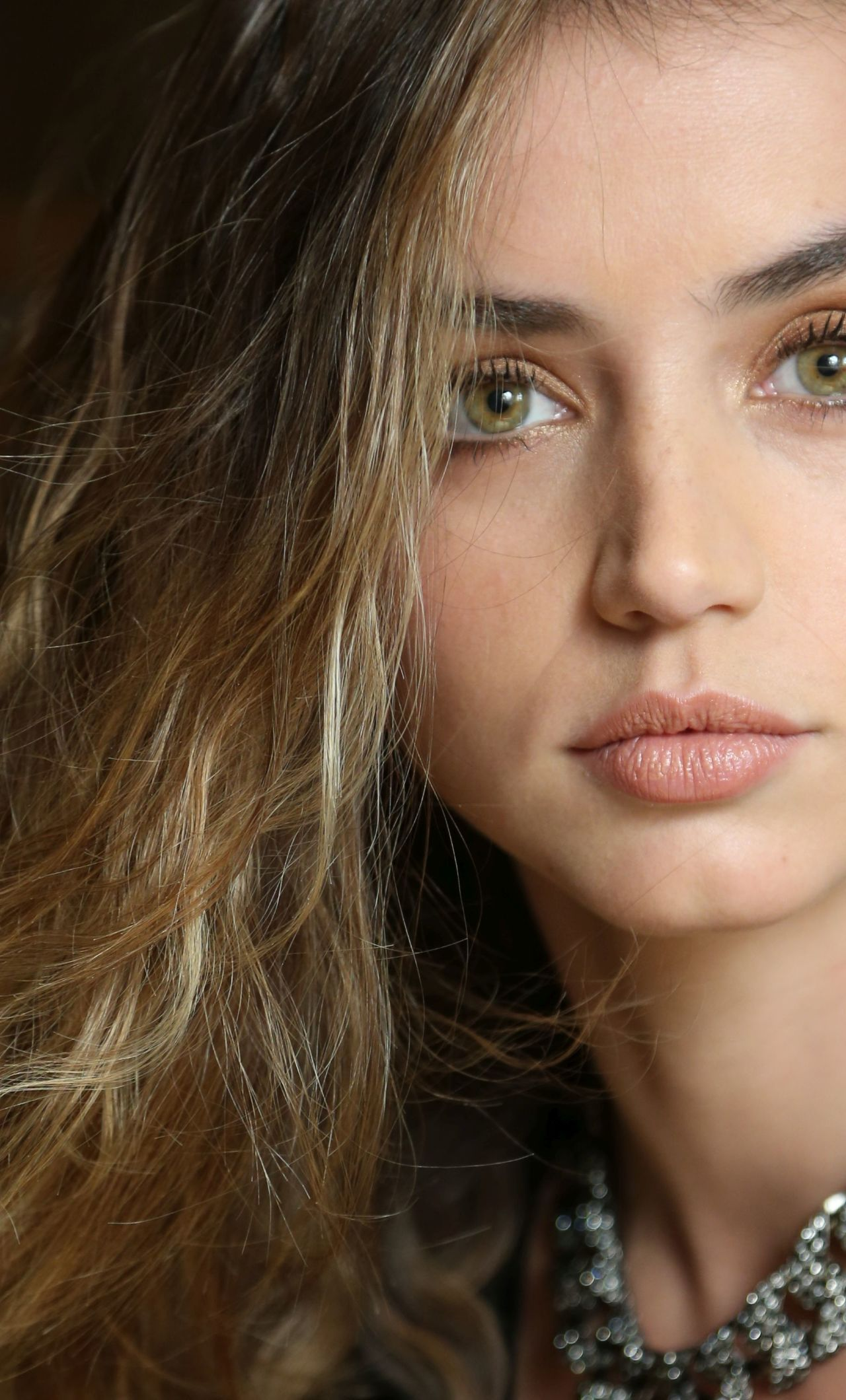 Ana De Armas Wallpapers Top Free Ana De Armas Backgrounds Wallpaperaccess