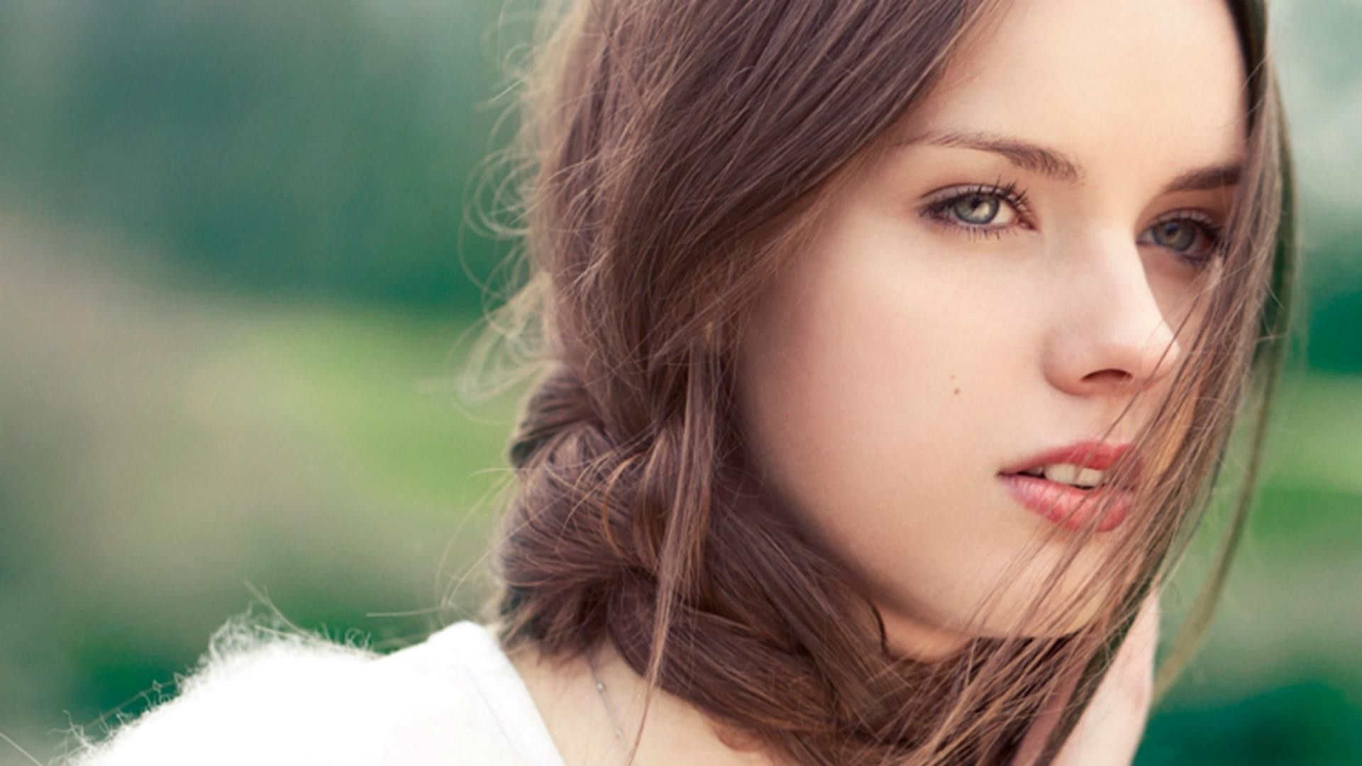 Beauty Girl Hd Wallpapers Top Free Beauty Girl Hd Backgrounds Wallpaperaccess