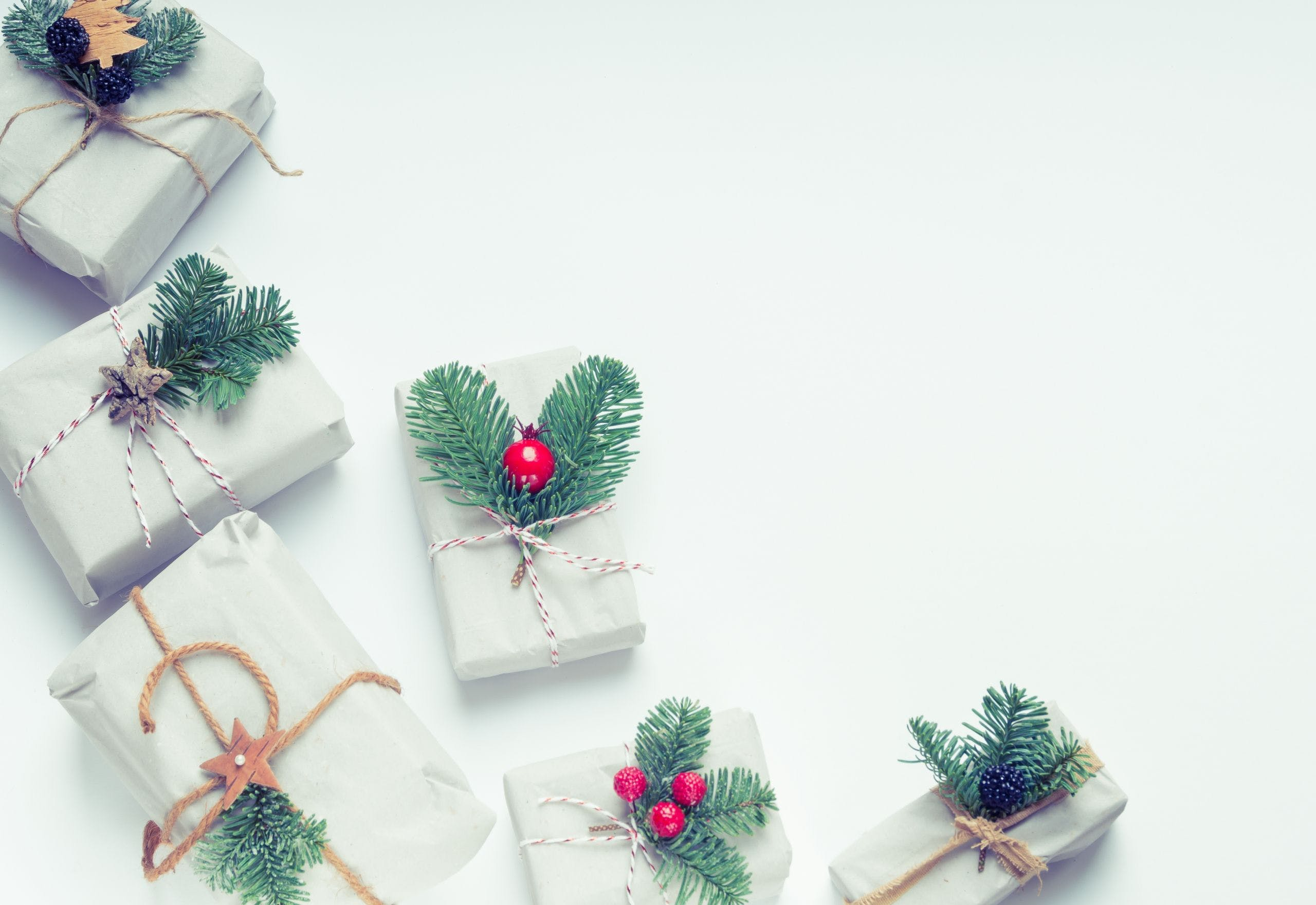 Presents Wallpapers Top Free Presents Backgrounds Wallpaperaccess
