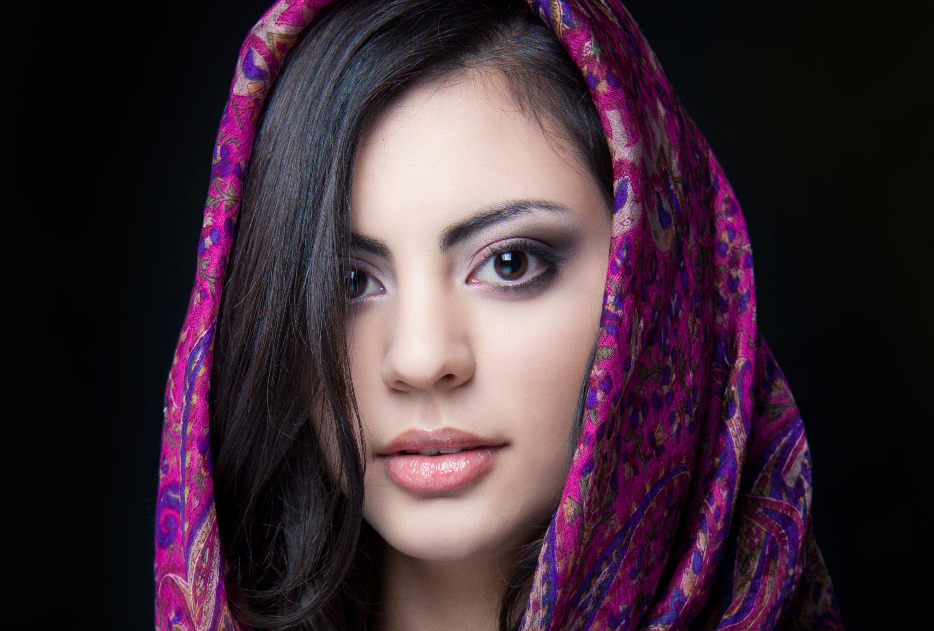 Indian Women Wallpapers Top Free Indian Women Backgrounds Wallpaperaccess