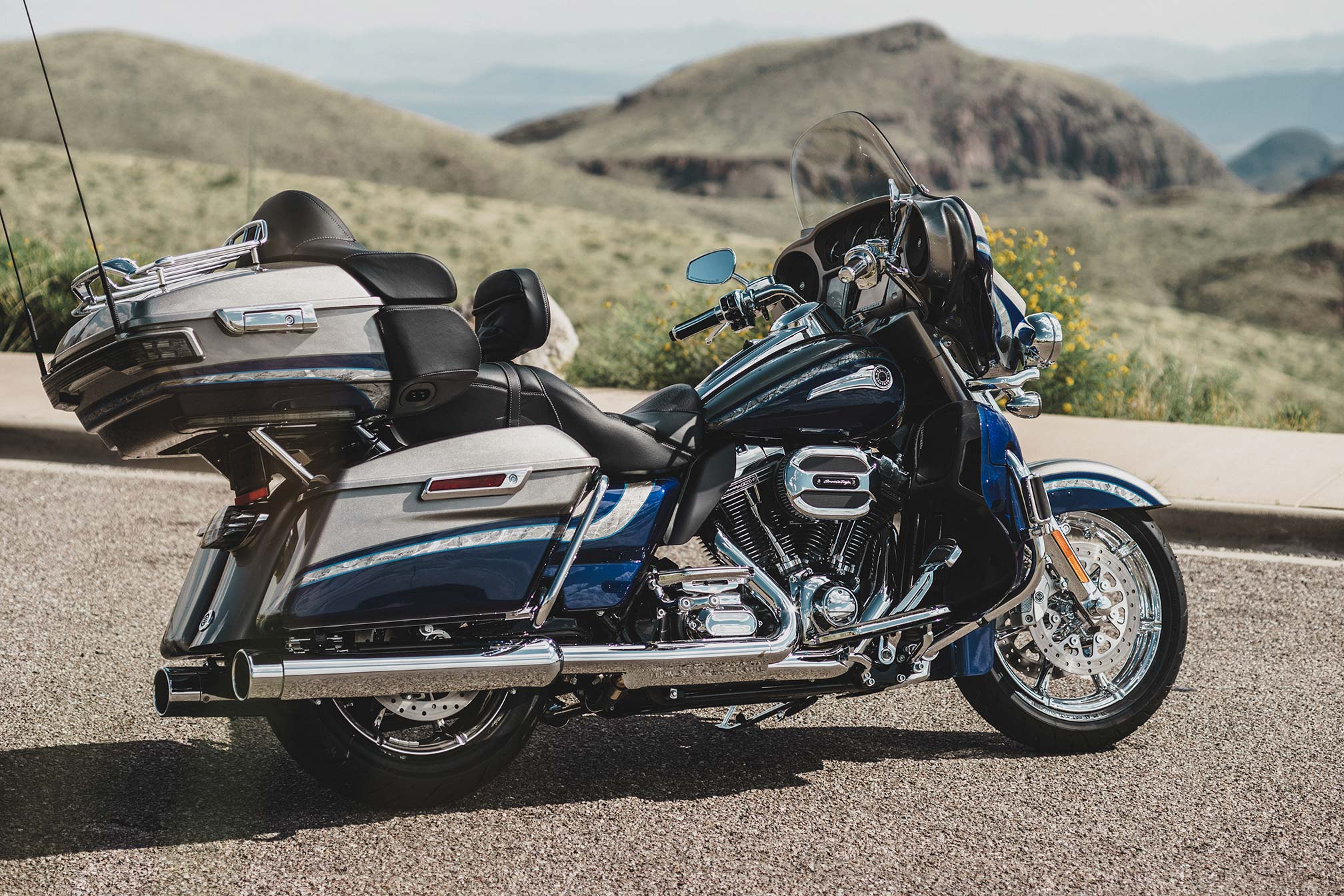 Harley Davidson: CVO Harley-Davidson Wallpapers