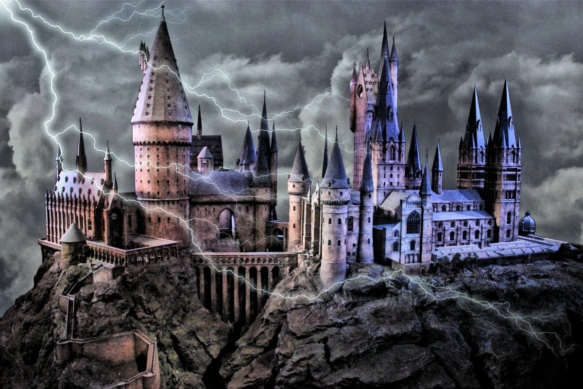 Harry Potter Castle Wallpapers Top Free Harry Potter Castle Backgrounds Wallpaperaccess