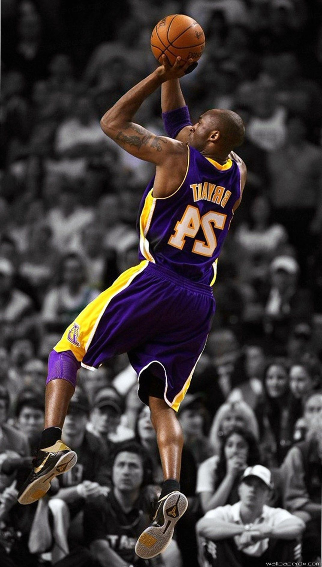 Kobe Bryant Iphone Wallpapers Top Free Kobe Bryant Iphone Backgrounds Wallpaperaccess