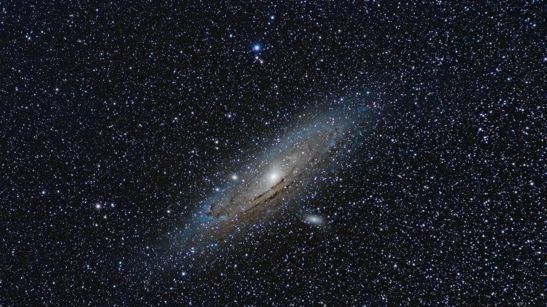 1680x1050 Download Mac OS X Mountain Lion Andromeda Galaxy Wallpaper