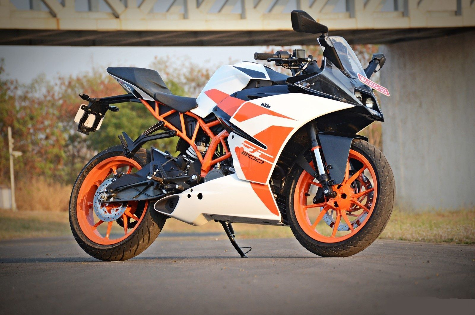 Ktm Rc 200 Wallpapers Top Free Ktm Rc 200 Backgrounds Wallpaperaccess