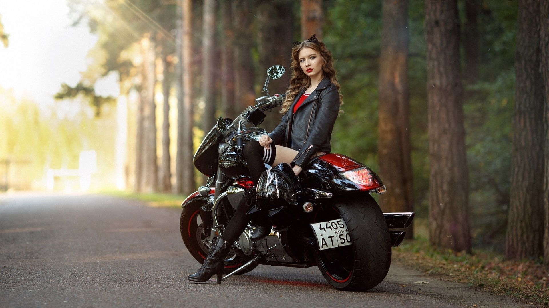 Girl Motorcycle Wallpapers Top Free Girl Motorcycle Backgrounds Wallpaperaccess