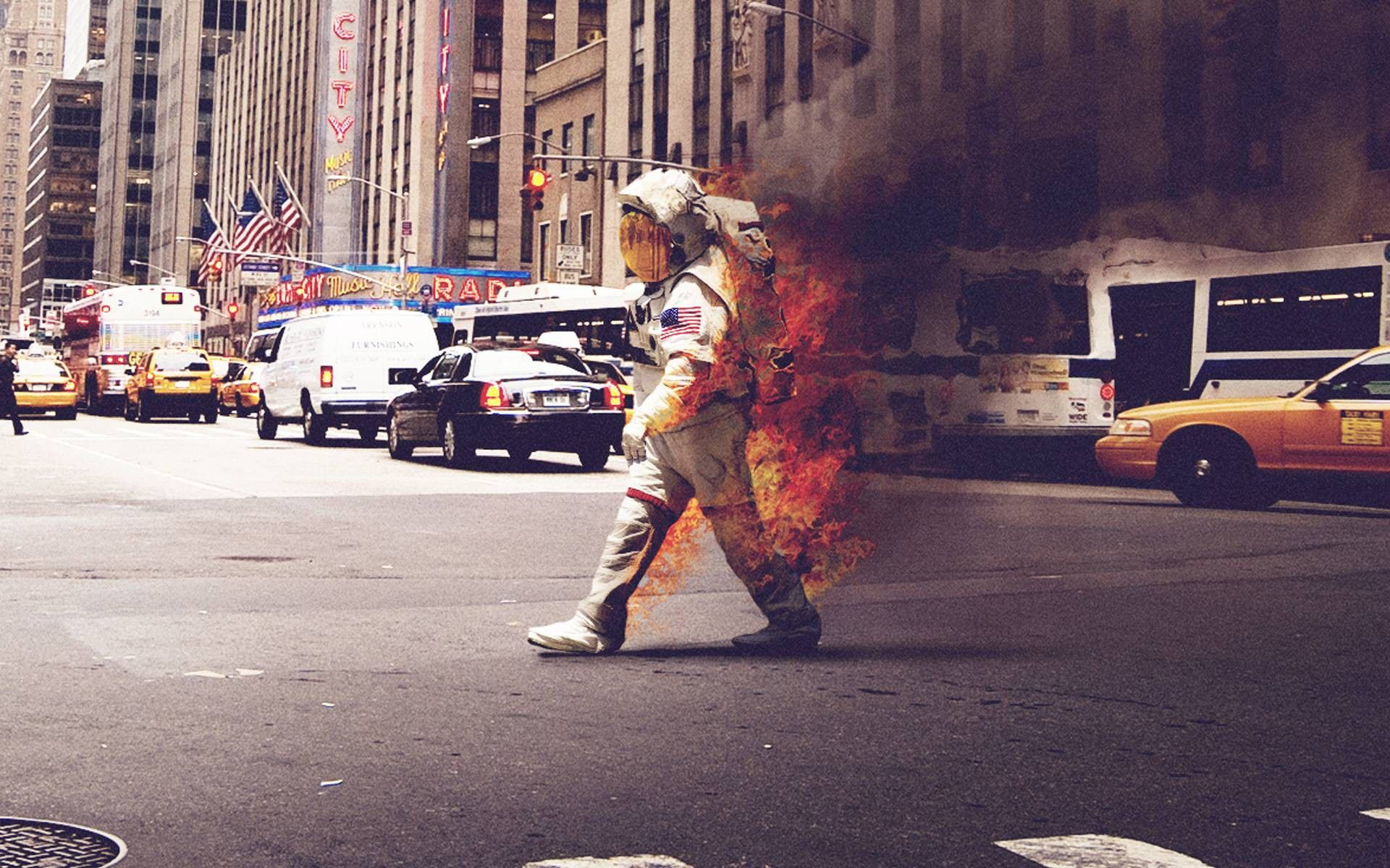 Astronaut On Fire Wallpapers - Top Free Astronaut On Fire