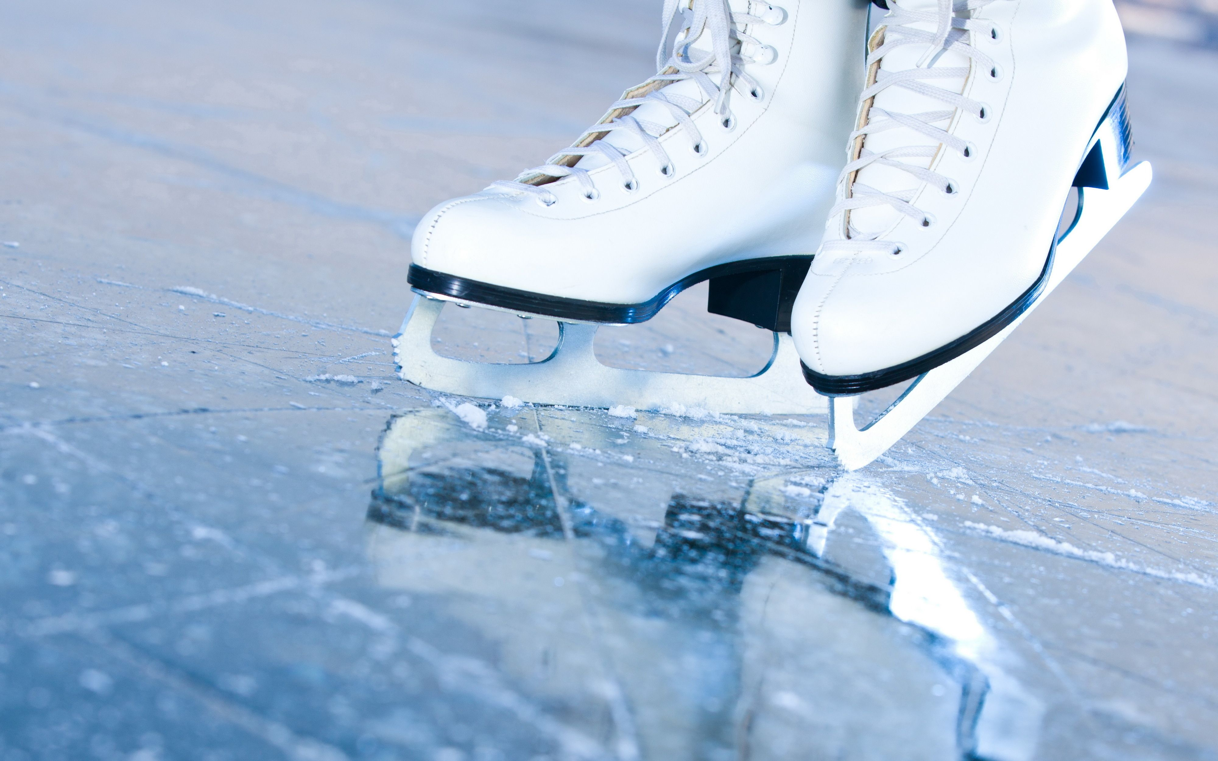 Ice Skating Wallpapers Top Free Ice Skating Backgrounds Wallpaperaccess